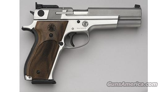 Smith Wesson Perf Center Md 952  Guns > Pistols > Smith & Wesson Pistols - Autos > Steel Frame