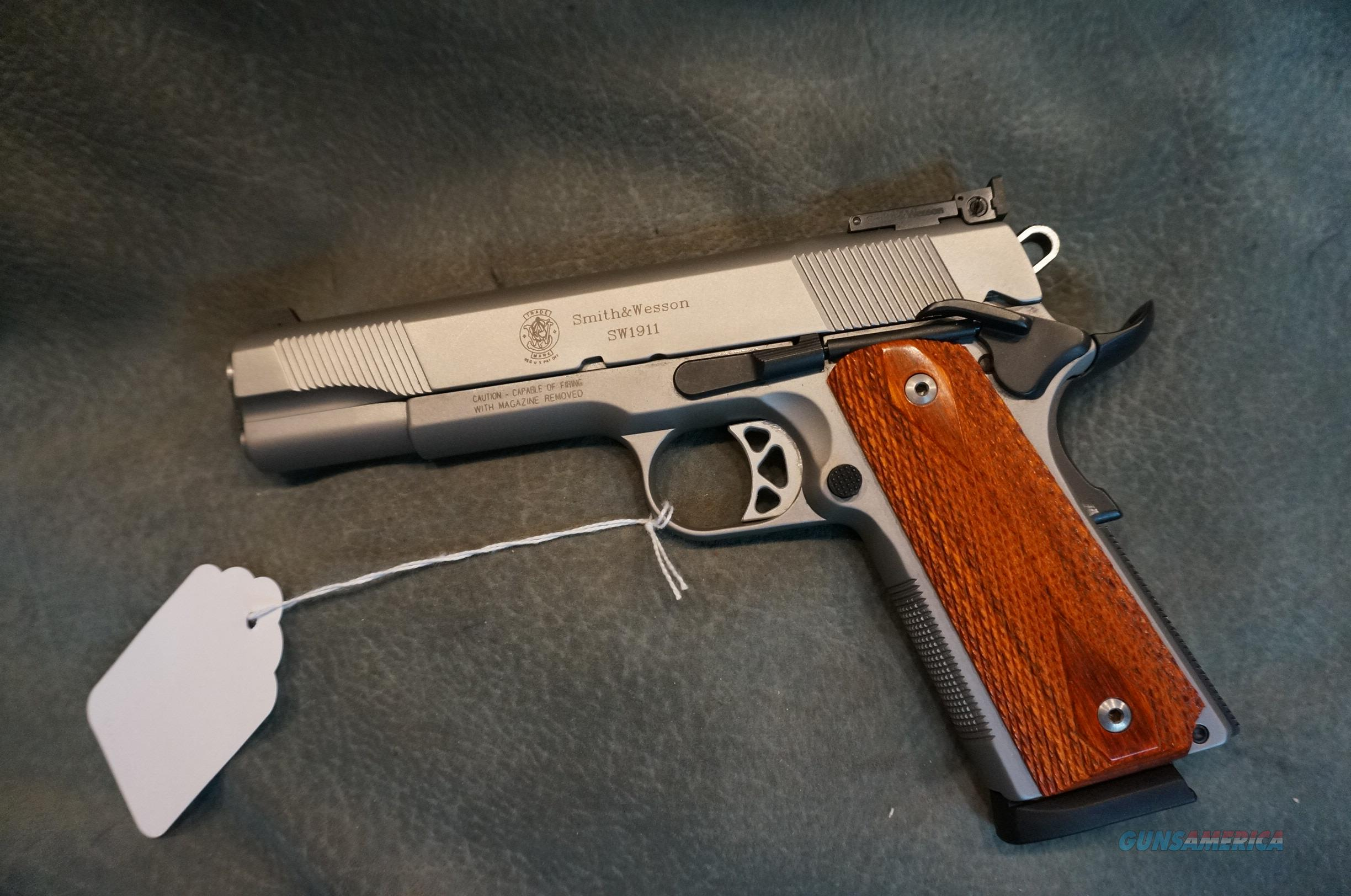 S+W 1911 45ACP Stainless Target  Guns > Pistols > Smith & Wesson Pistols - Autos > Steel Frame