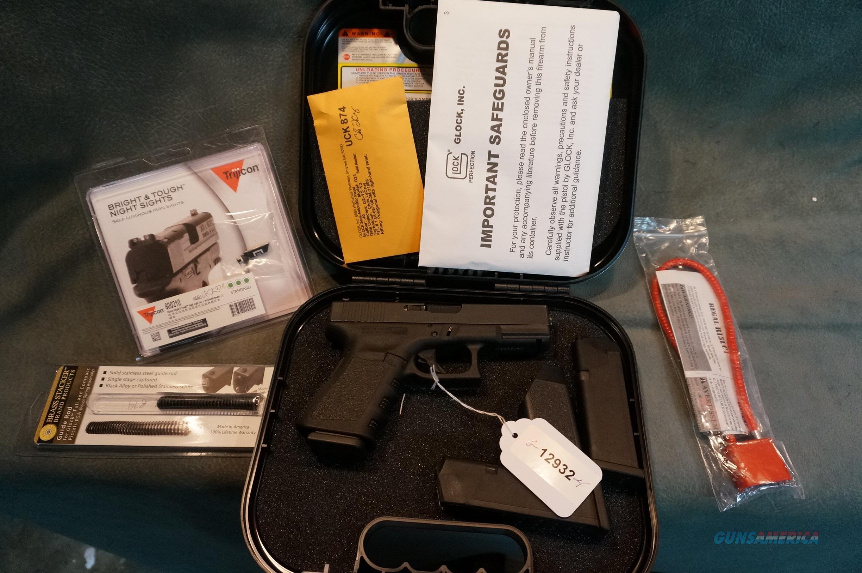 Glock Model 23 40S+W LNIB Trijicon sights  Guns > Pistols > Glock Pistols > 23