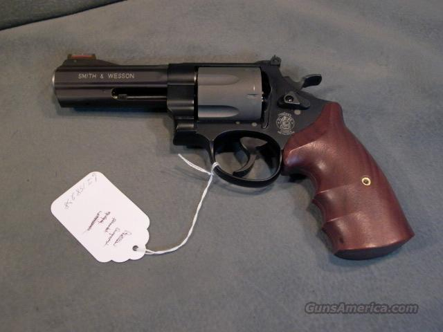 Smith and Wesson 329PD 44Mag  Guns > Pistols > Smith & Wesson Revolvers > Full Frame Revolver