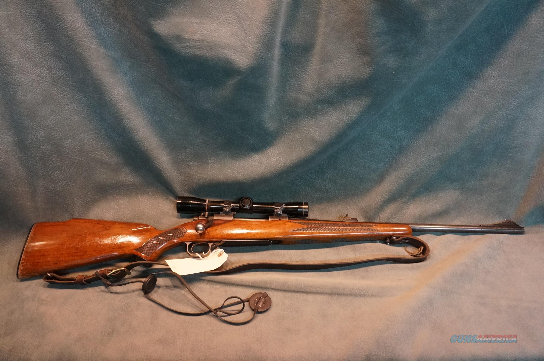 Winchester Model 70 30-06 W/Leupold 4X scope  Guns > Rifles > Winchester Rifles - Modern Bolt/Auto/Single > Model 70 > Post-64