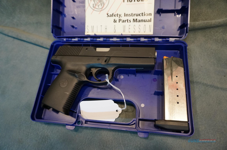 S+W SW40F 40S+W LNIB  Guns > Pistols > Smith & Wesson Pistols - Autos > Polymer Frame