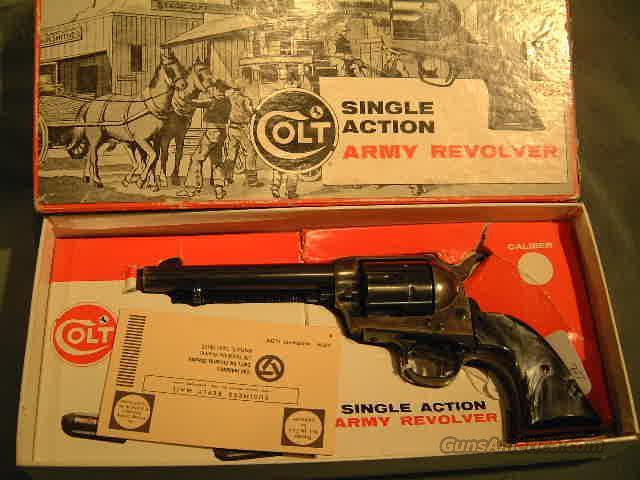 Colt SAA 357 w/box  Guns > Pistols > Colt Single Action Revolvers - 2nd Gen.