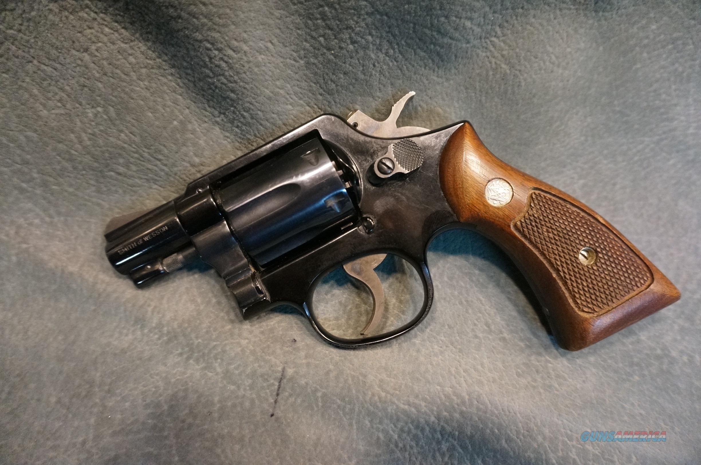 S+W Model 12-2 Airweight 38Sp  Guns > Pistols > Smith & Wesson Revolvers > Med. Frame ( K/L )