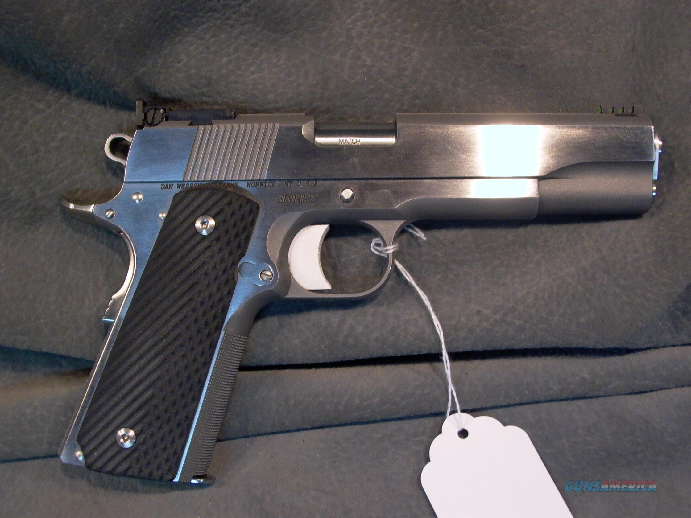 Dan Wesson Sportsman 10mm 1 of 210 made  Guns > Pistols > Dan Wesson Pistols/Revolvers > 1911 Style