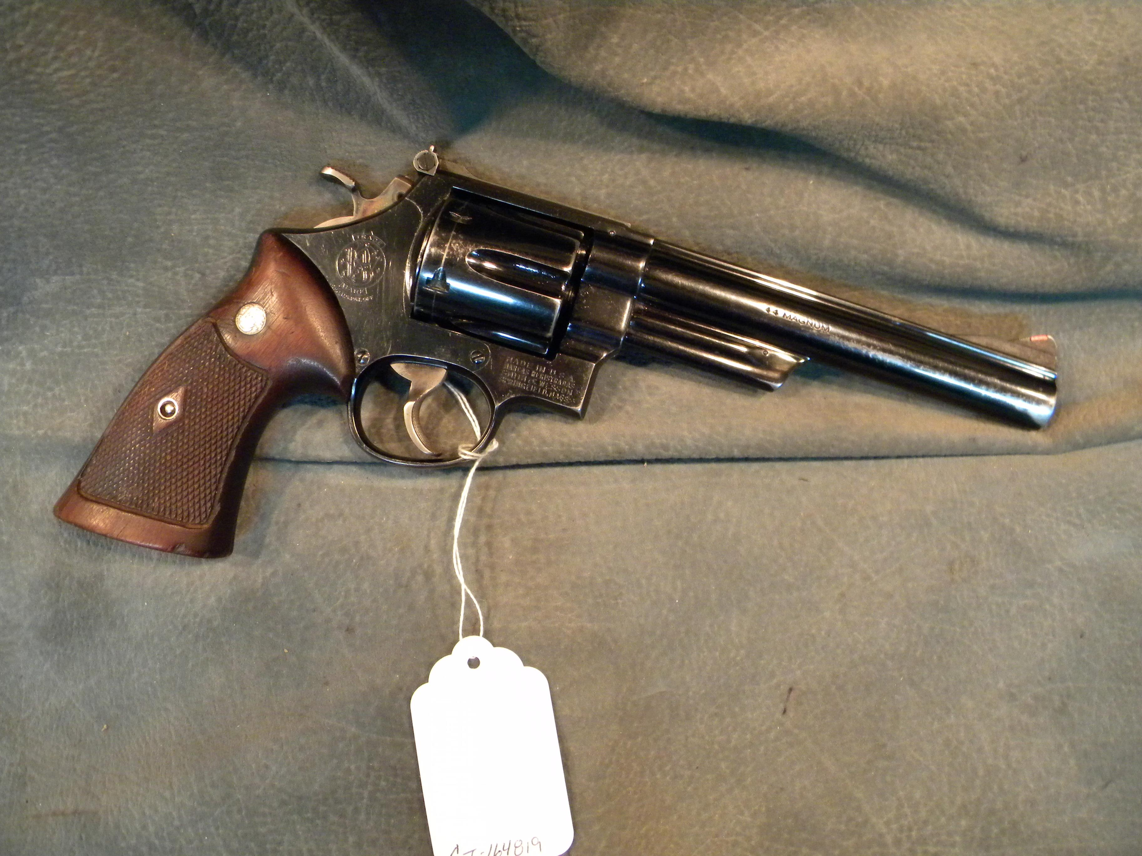 S+W Early Model 29 4 Screw 44Mag  Guns > Pistols > Smith & Wesson Revolvers > Full Frame Revolver