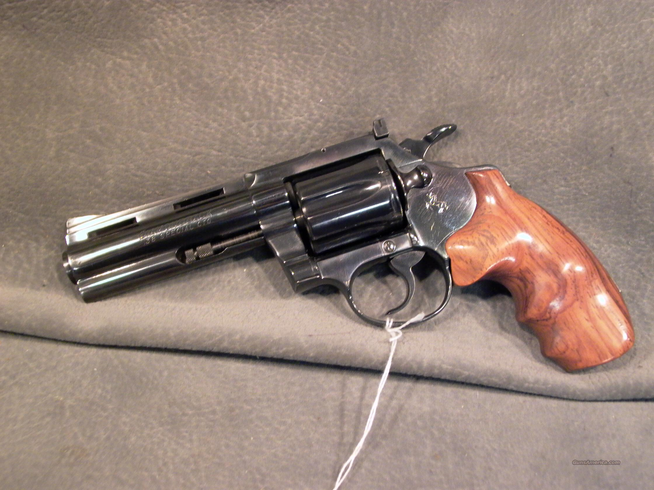 "Colt Diamondback 38Sp 4""  Guns > Pistols > Colt Double Action Revolvers- Modern"