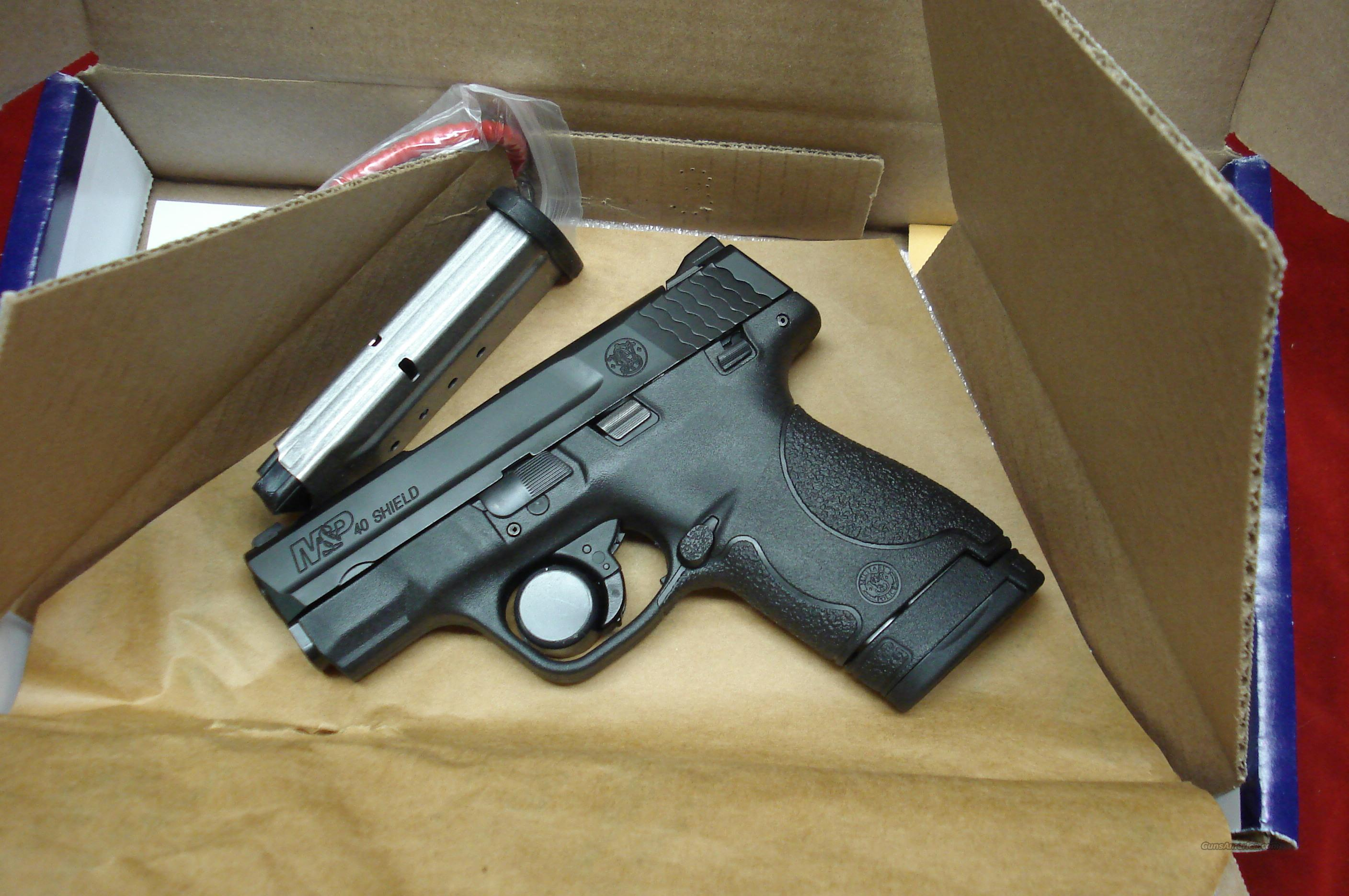 SMITH AND WESSON M&P SHIELD 40CAL. NEW (180020)    Guns > Pistols > Smith & Wesson Pistols - Autos > Shield