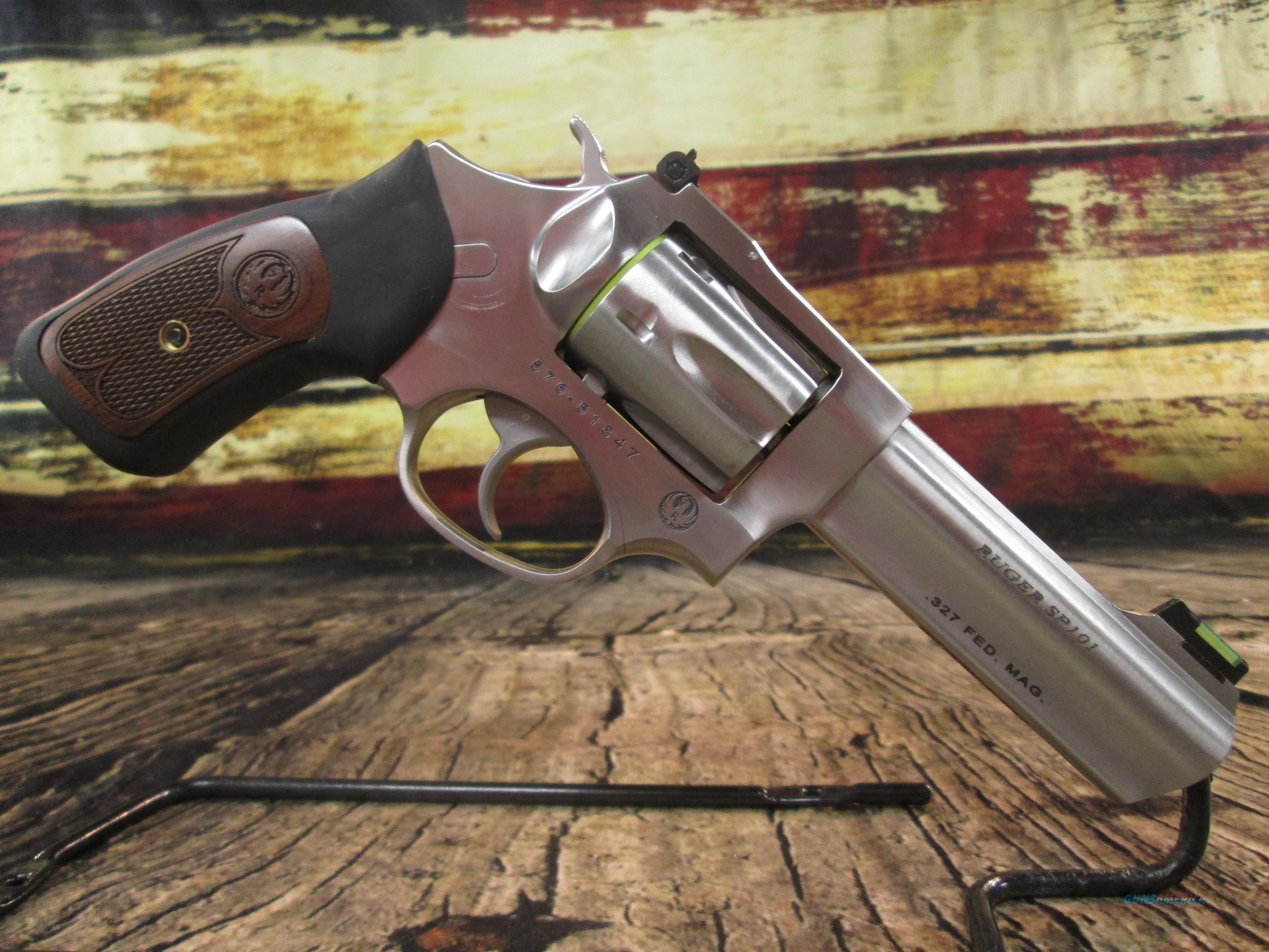 RUGER SP101 STAINLESS 327 FEDERAL 6 SHOT NEW (05773)  Guns > Pistols > Ruger Double Action Revolver > SP101 Type