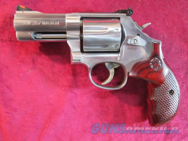 "SMITH AND WESSON TALO EDITION 686 DELUXE 357MAG 3"" 7 SHOT NEW   (150713)   Guns > Pistols > Smith & Wesson Revolvers > Full Frame Revolver"