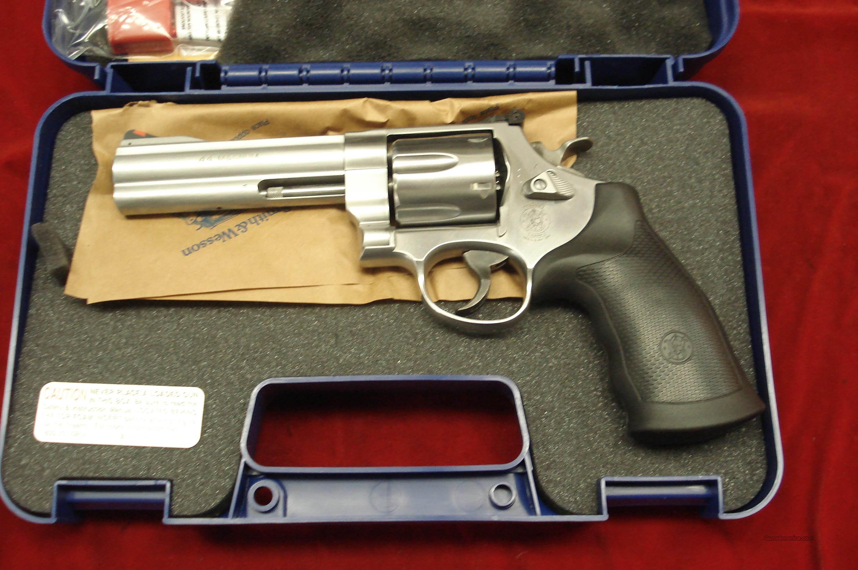 "SMITH AND WESSON MODEL 629 CLASSIC 44MAG. 5"" STAINLESS NEW  (163636)   Guns > Pistols > Smith & Wesson Revolvers > Model 629"