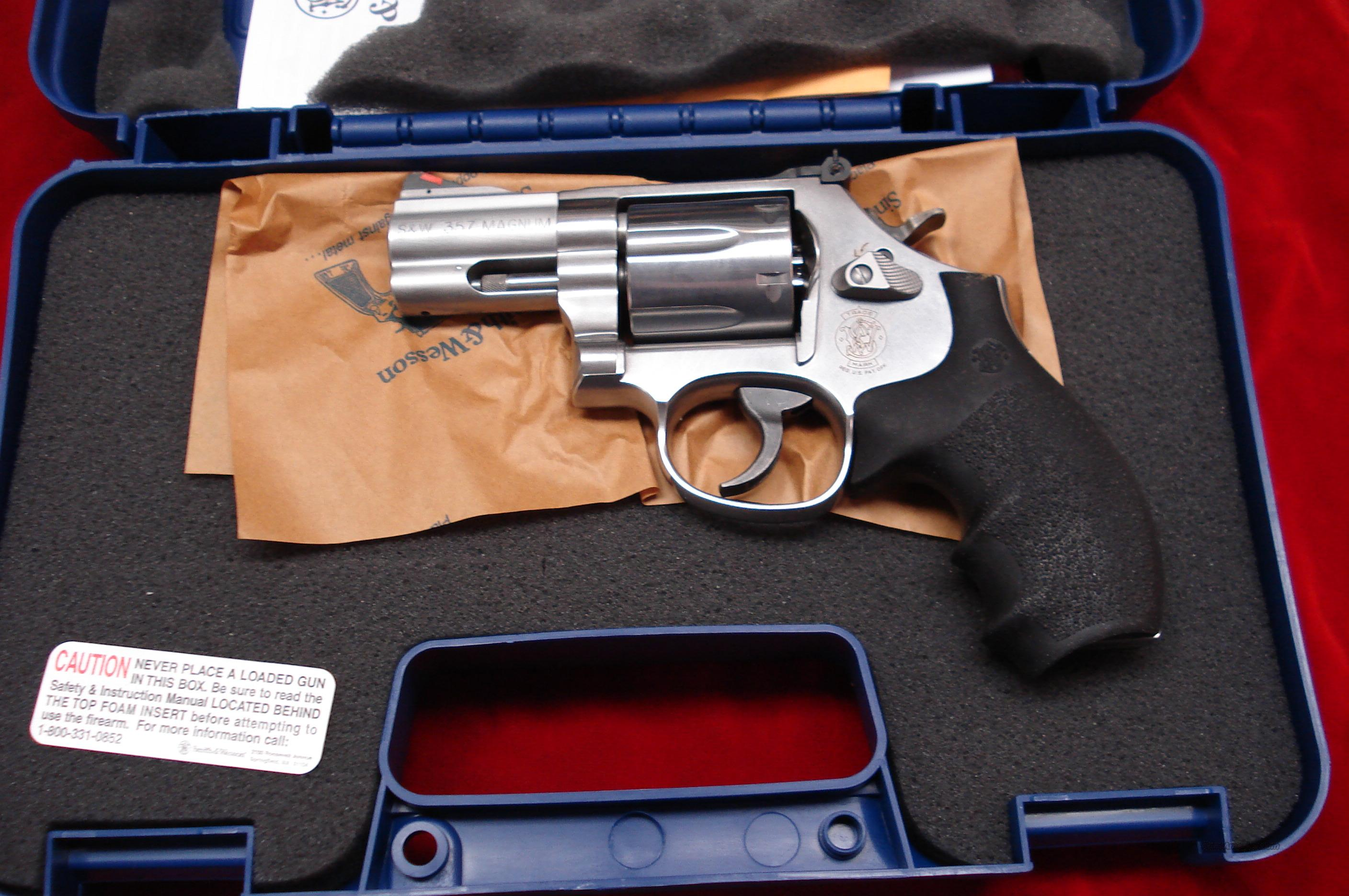 "SMITH AND WESSON MODEL 686  2.5"" 357MAG STAINLESS NEW  Guns > Pistols > Smith & Wesson Revolvers > Full Frame Revolver"