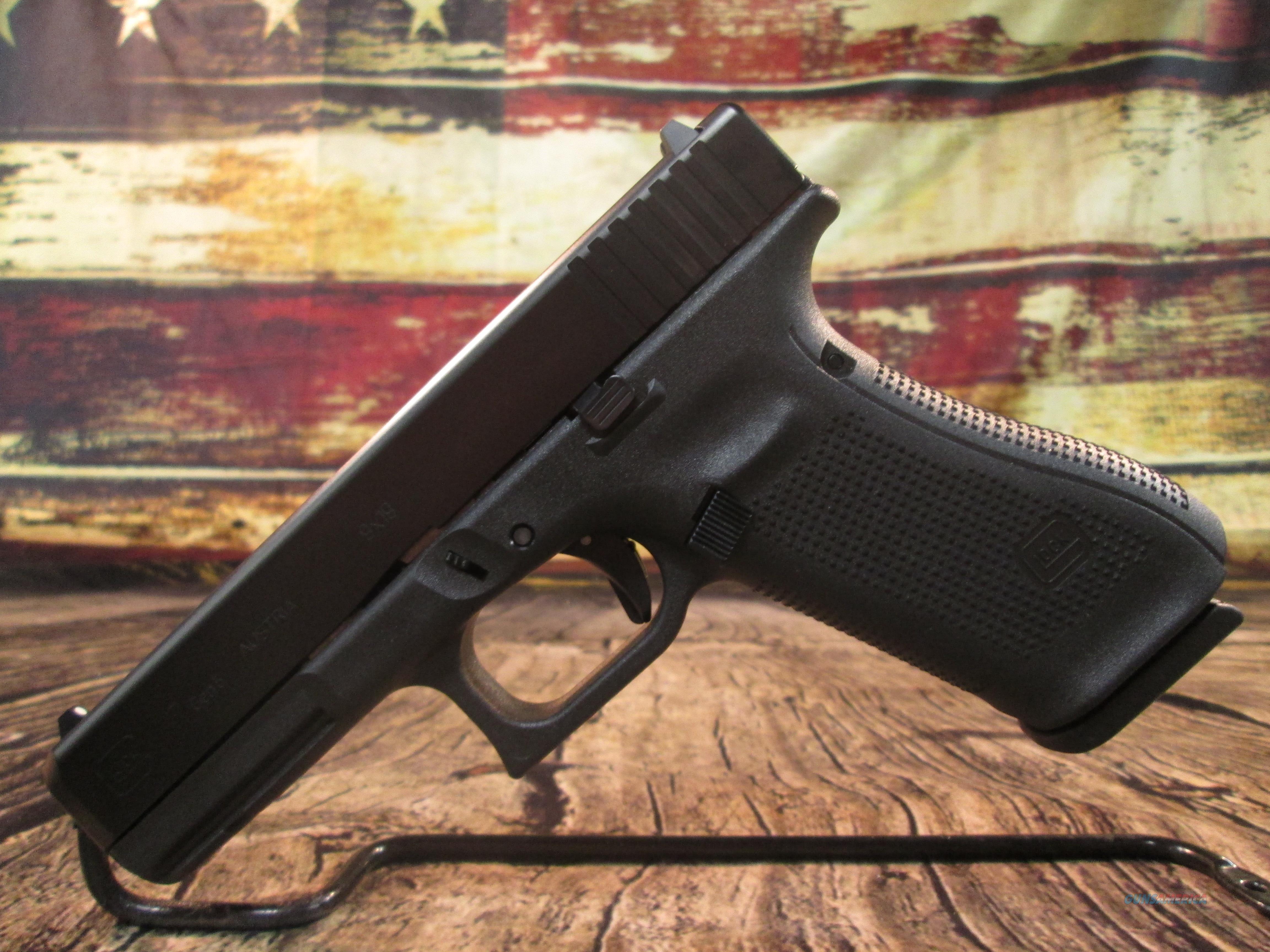 GLOCK MODEL 17 GEN 5 NEW (PA1750203)  Guns > Pistols > Glock Pistols > 17