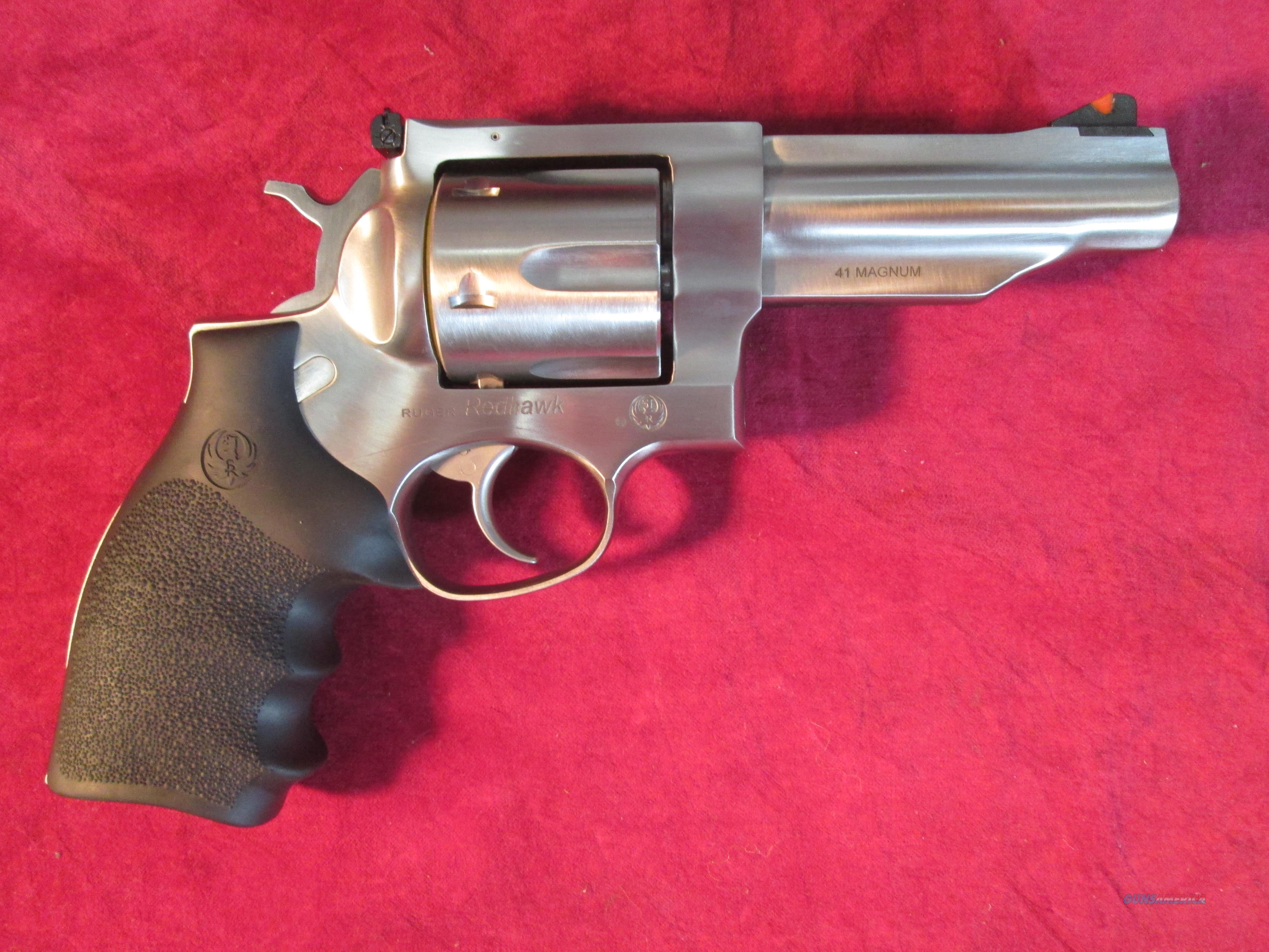 "RUGER REDHAWK 41MAGNUM 4.2"" STAINLESS NEW (05031)   Guns > Pistols > Ruger Double Action Revolver > Redhawk Type"