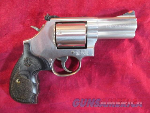 "SMITH AND WESSON MODEL 686 DELUXE 3"" 357MAG STAINLESS NEW  (150853)   Guns > Pistols > Smith & Wesson Revolvers > Full Frame Revolver"