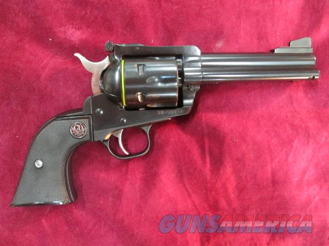 "RUGER BLACKHAWK CONVERTIBLE 357MAG/9MM 4.6"" BLUE NEW (BN34X)   (00308)   Guns > Pistols > Ruger Single Action Revolvers > Blackhawk Type"