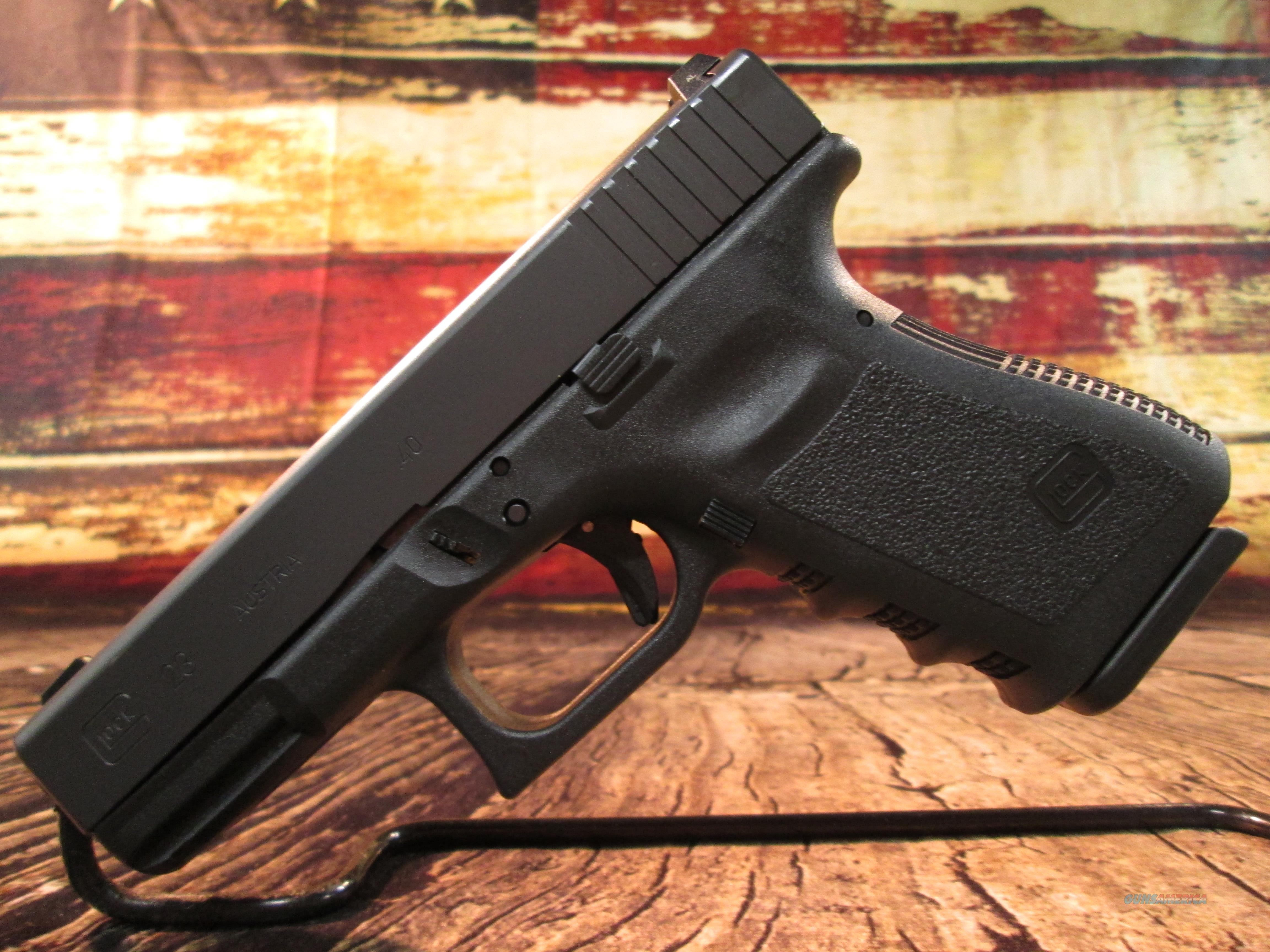 GLOCK 23 GEN 3  W/ NIGHT SIGHTS & COMBAT HOLSTER NEW (PN2350701H)  Guns > Pistols > Glock Pistols > 23