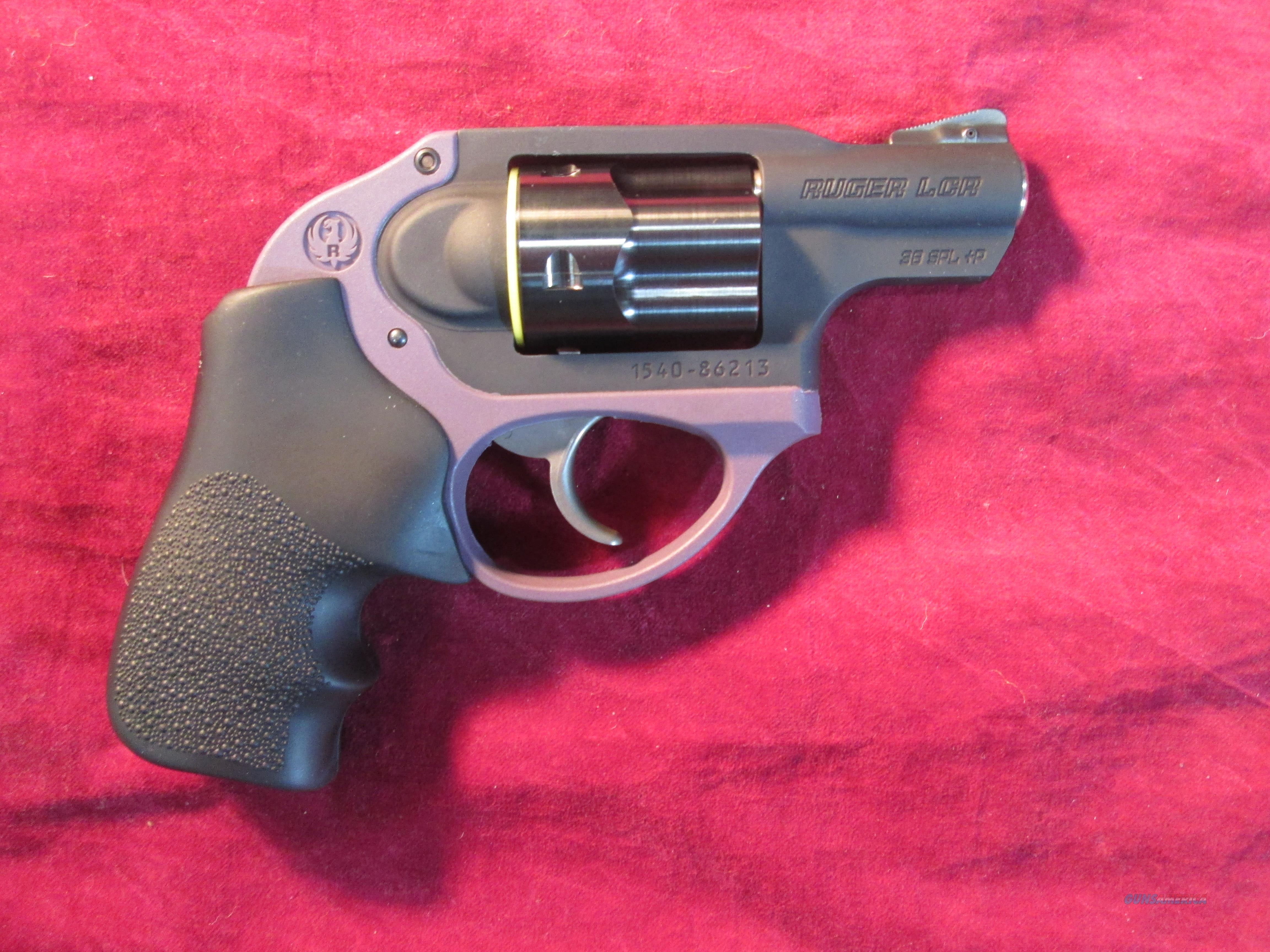 RUGER LCR PURPLE FRAME 38SPL NEW (05427)   Guns > Pistols > Ruger Double Action Revolver > LCR