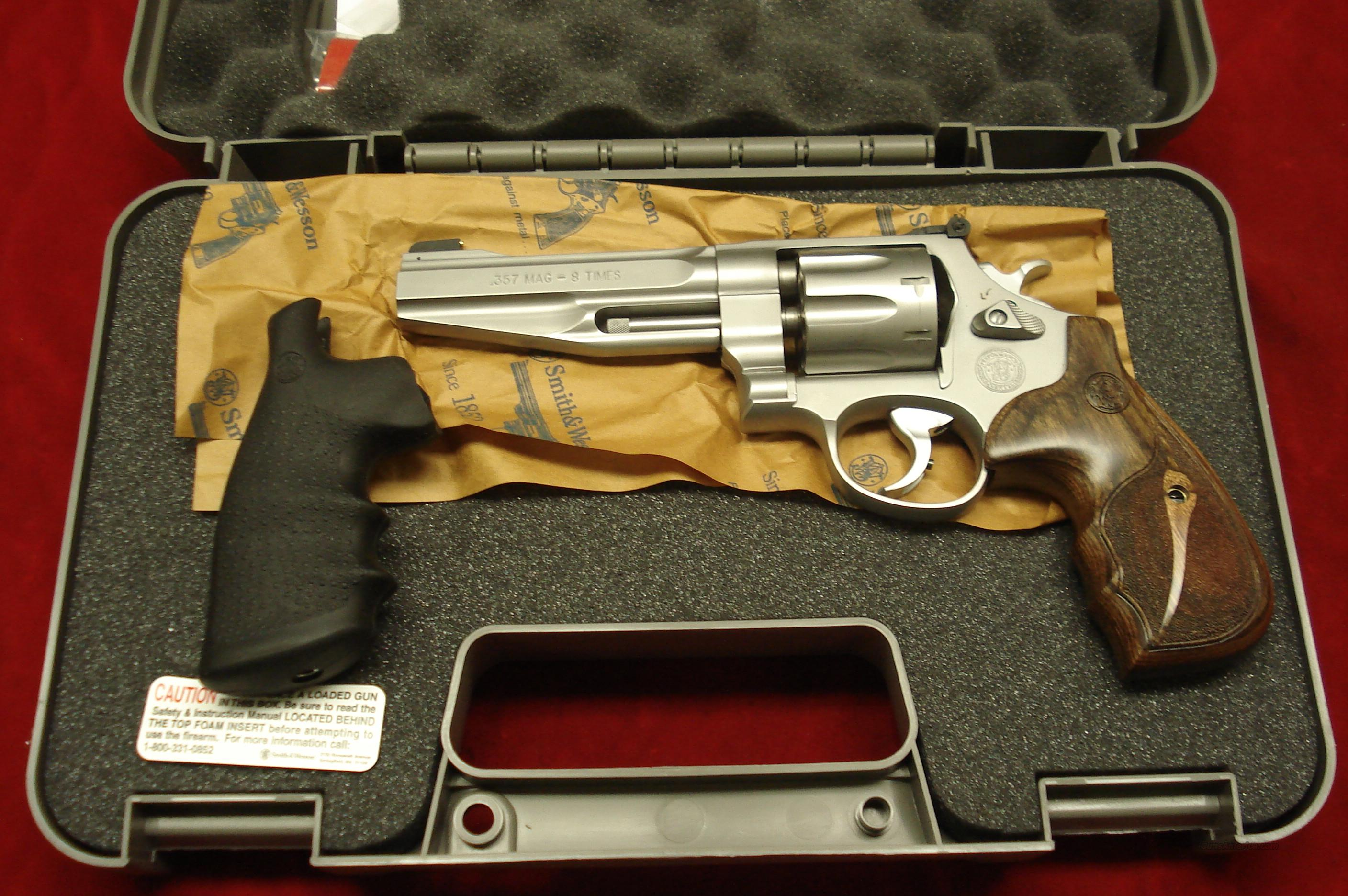 "SMITH AND WESSON PERFORMANCE CENTER MODEL 627  357MAG STAINLESS 5"" NEW   (170210)  Guns > Pistols > Smith & Wesson Revolvers > Performance Center"