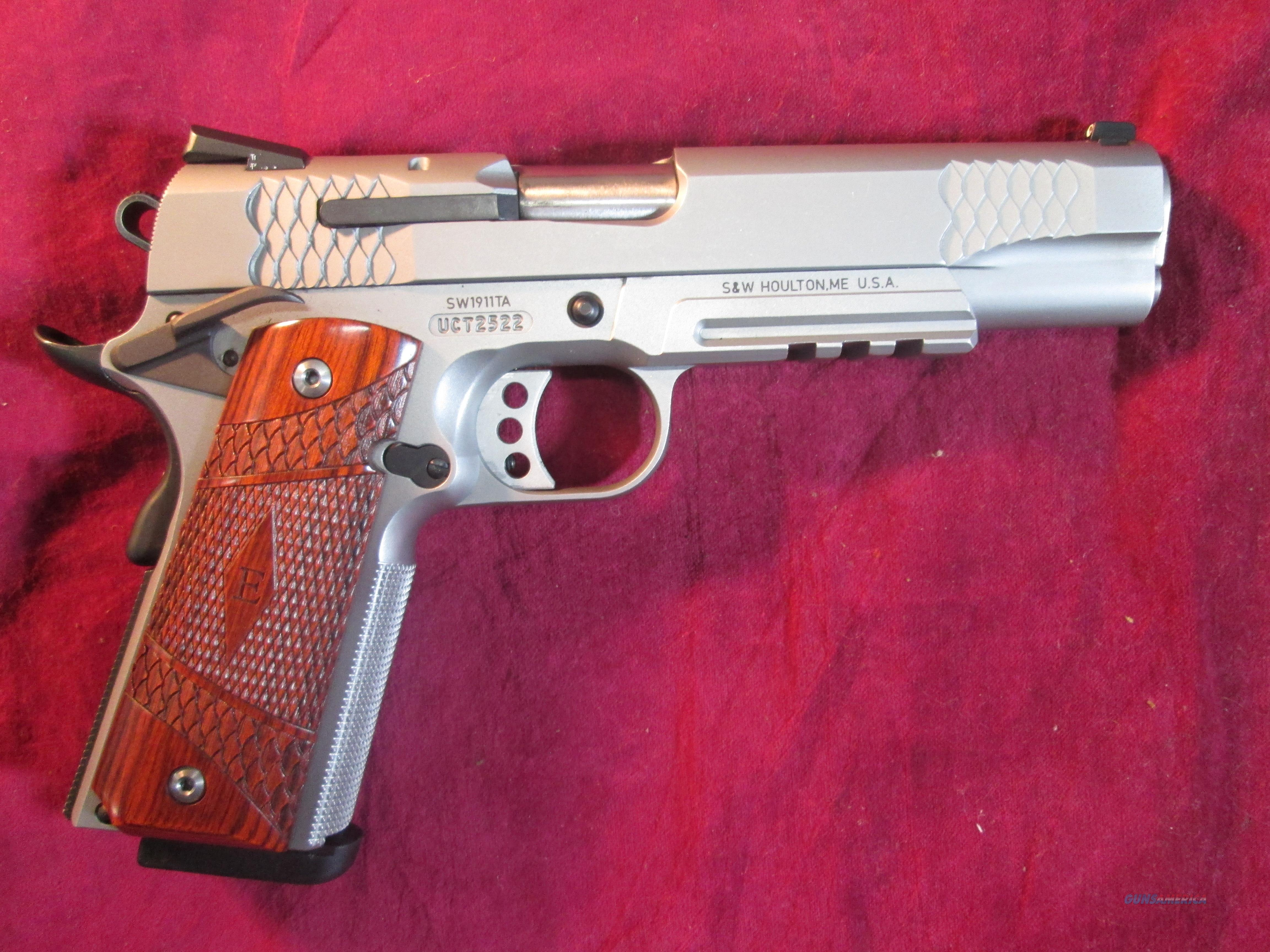 "SMITH AND WESSON SW1911TA ""E"" SERIES STAINLESS WITH TAC. RAIL AND NIGHT SIGHTS USED   Guns > Pistols > Smith & Wesson Pistols - Autos > Steel Frame"