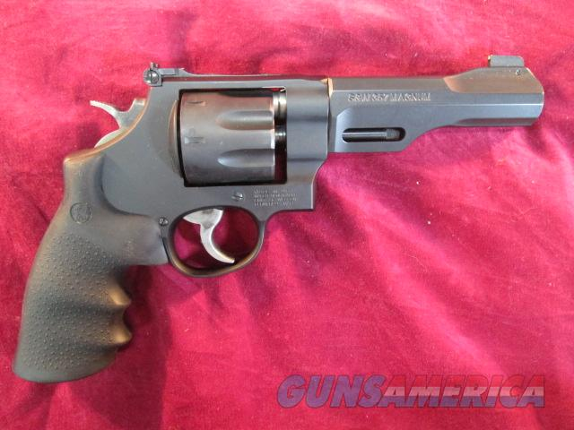 "SMITH AND WESSON MODEL 327 TRR8 PERFORMANCE CENTER 357MAG. 5"" NEW  (170269)   Guns > Pistols > Smith & Wesson Revolvers > Performance Center"