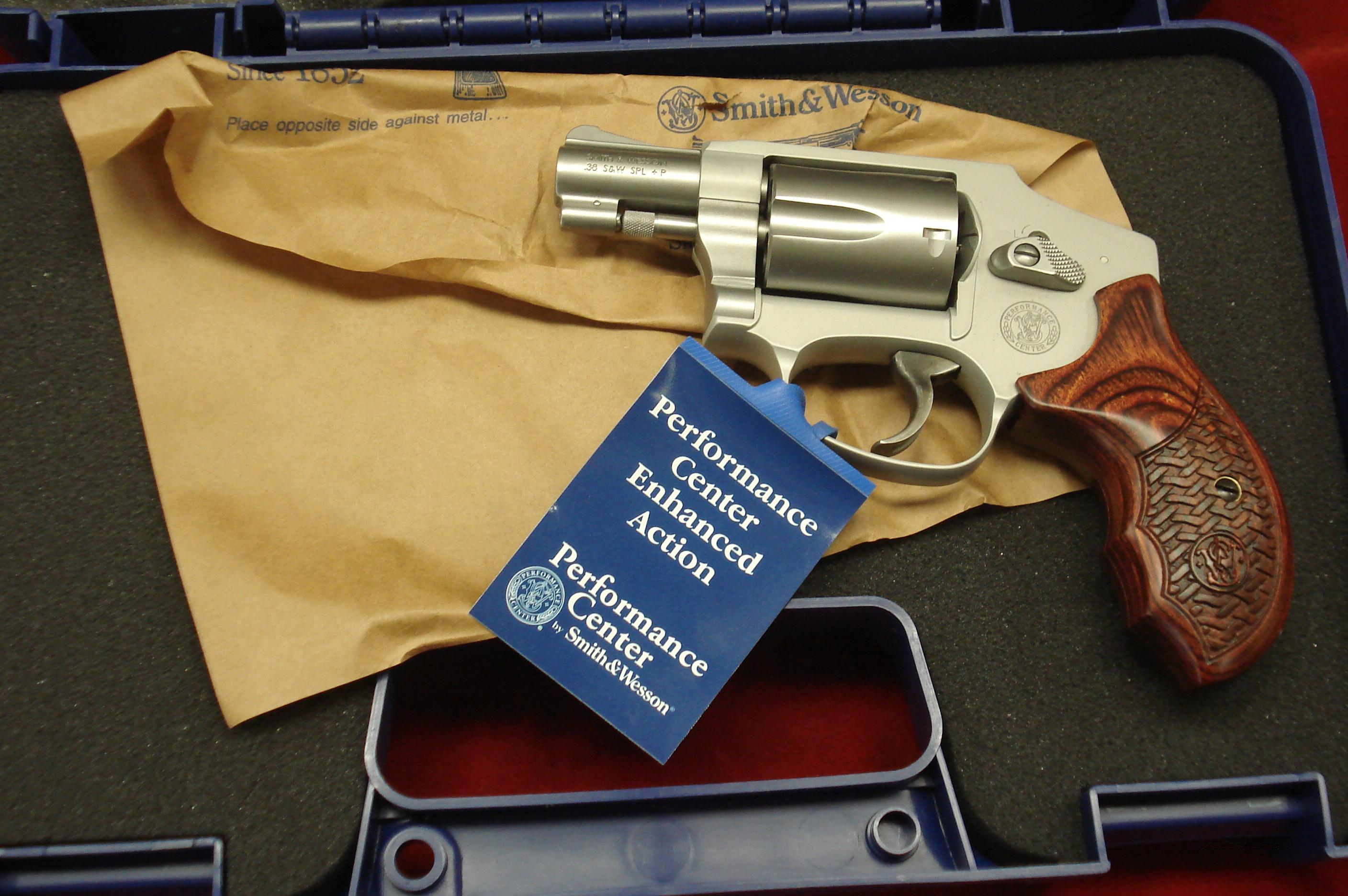 SMITH AND WESSON PERFORMANCE CENTER MODEL 642 AIRWEIGHT 38SPL NEW  Guns > Pistols > Smith & Wesson Revolvers > Pocket Pistols