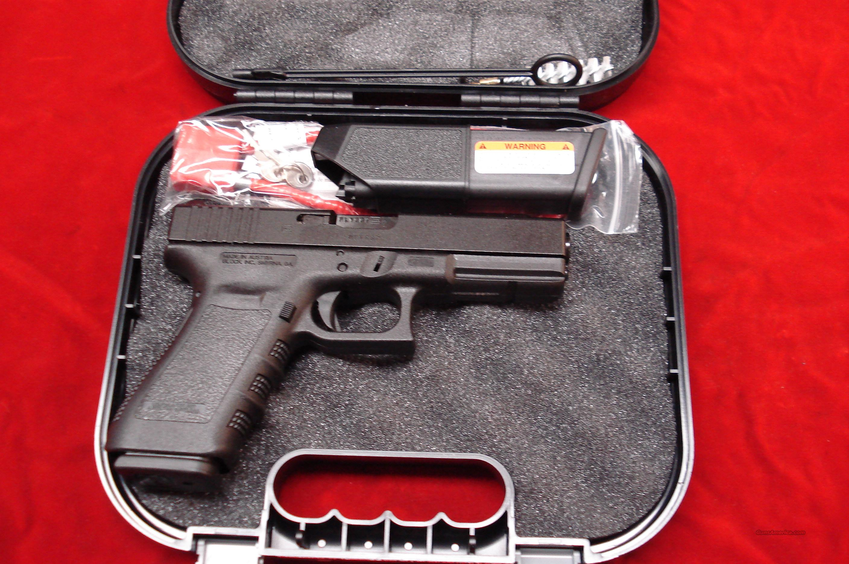 GLOCK MODEL 21SF (SLIM FRAME) 45ACP FACTORY NIGHT SIGHTS HIGH CAP NEW    Guns > Pistols > Glock Pistols > 20/21