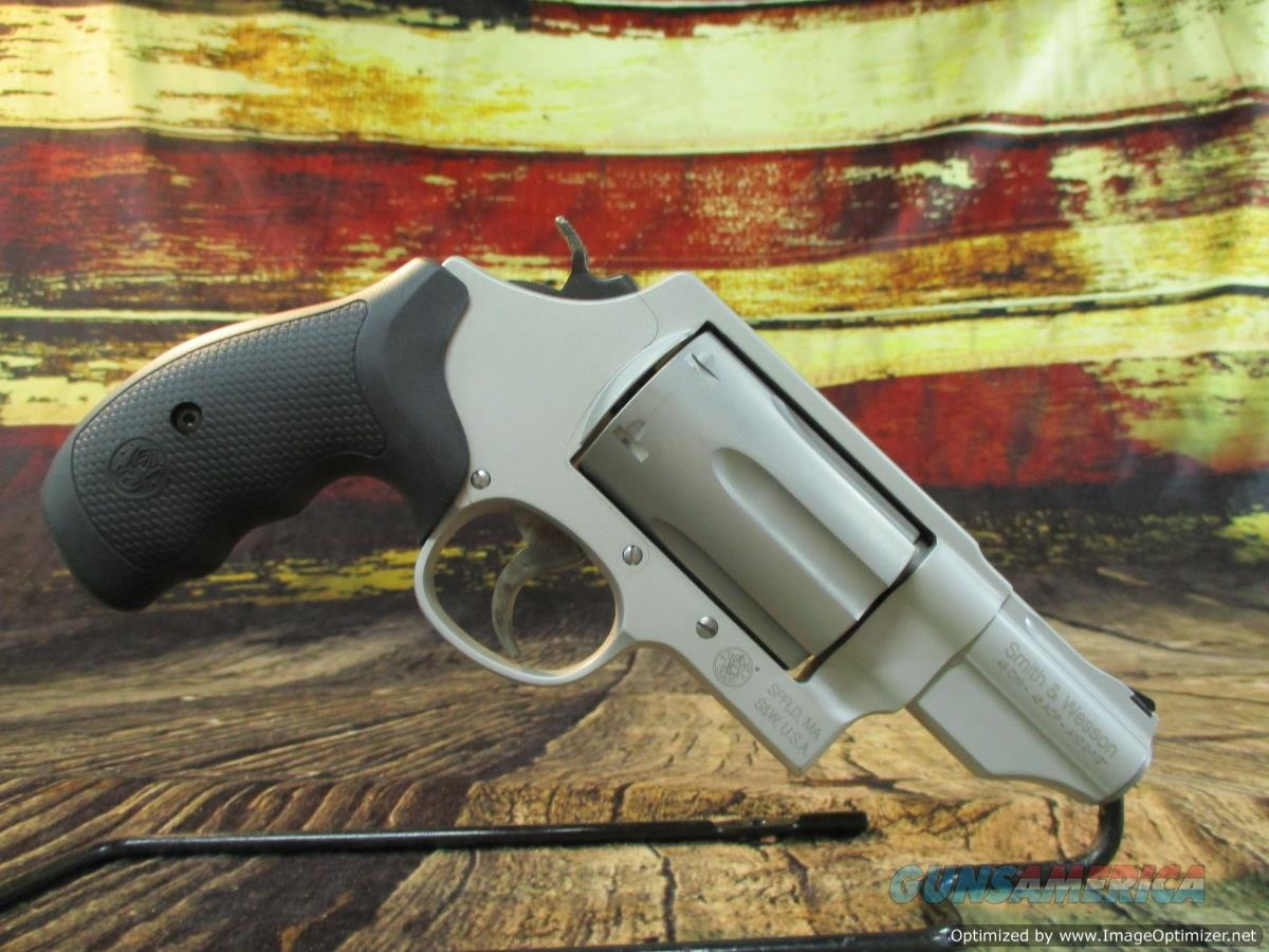 """Smith & Wesson Governor 2.75"""" Stainless 45LC/45ACP/410G New (160410)  Guns > Pistols > Smith & Wesson Revolvers > Med. Frame ( K/L )"""