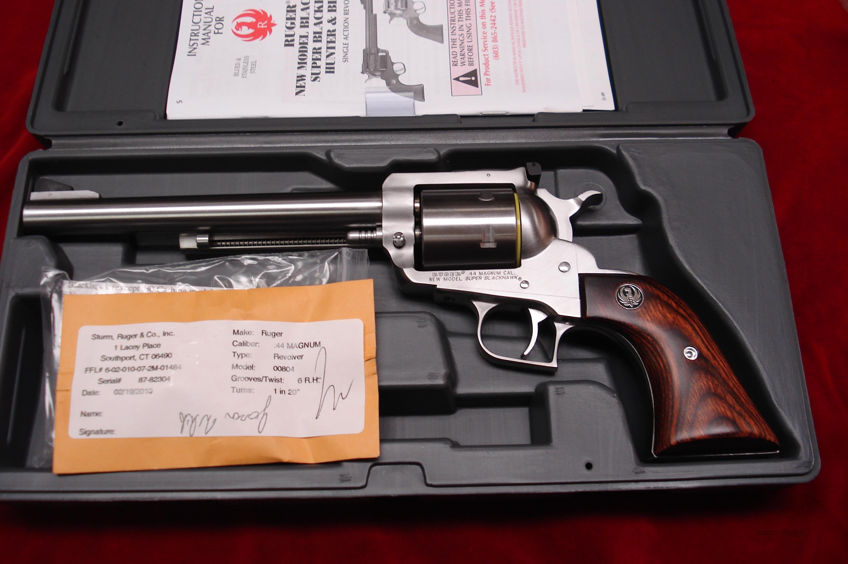 "RUGER SUPER BLACKHAWK 44MAG 7.5"" STAINLESS NEW (KS-47N)   (00804)  Guns > Pistols > Ruger Single Action Revolvers > Blackhawk Type"