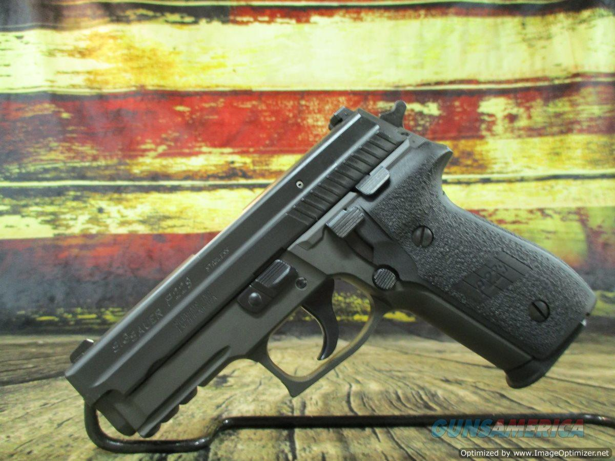 """Sig Sauer P229 40 S&W 3.9"""" Certified Pre Owned (UDE229-40B1)  Guns > Pistols > Sig - Sauer/Sigarms Pistols > P229"""