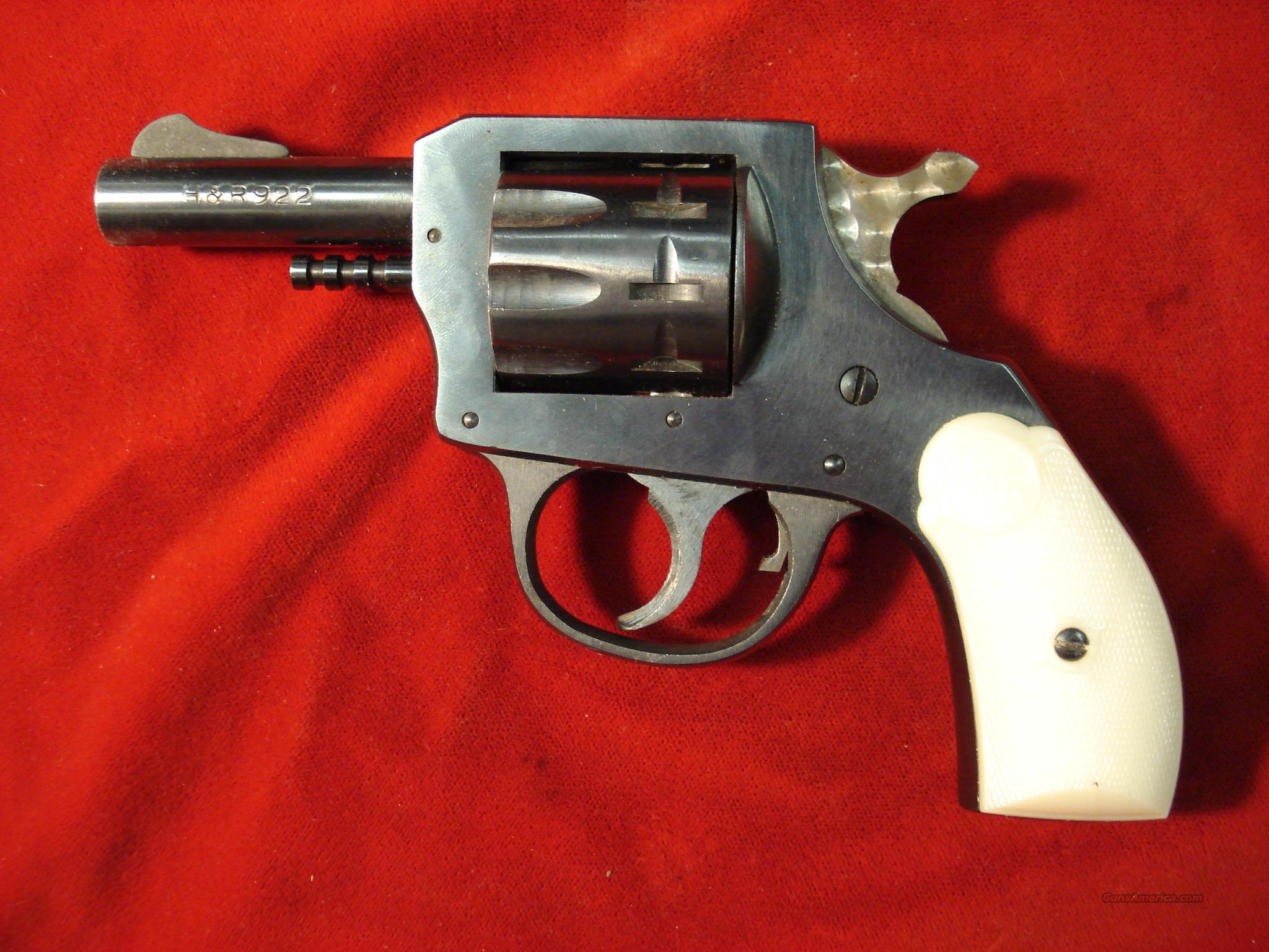 "H&R 922 22CAL. 2.5"" 9 SHOT  Guns > Pistols > Harrington & Richardson Pistols"