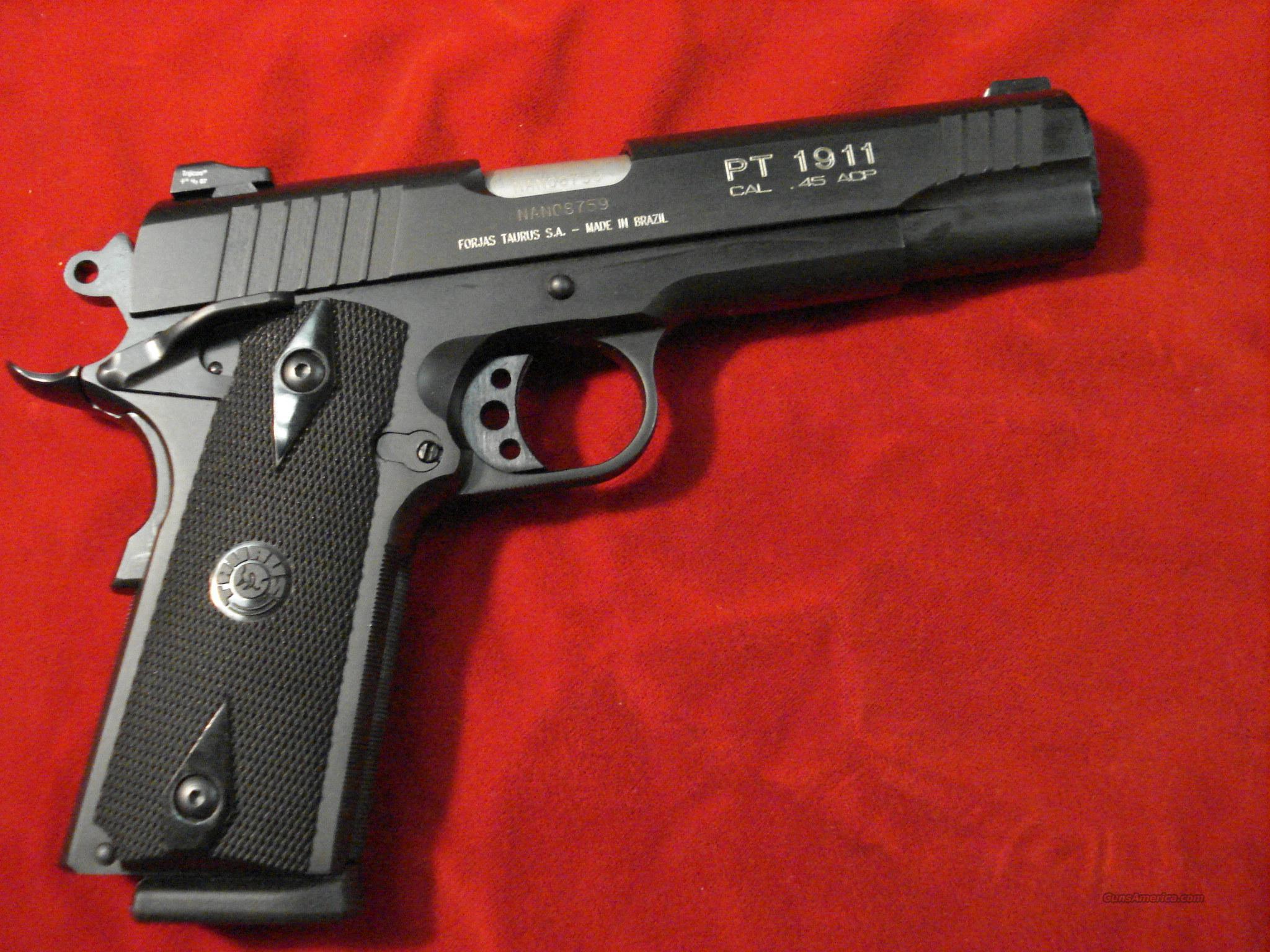 TAURUS NEW 1911B WITH TRIJICON NIGHT SIGHTS  Guns > Pistols > Taurus Pistols/Revolvers > Pistols > Steel Frame