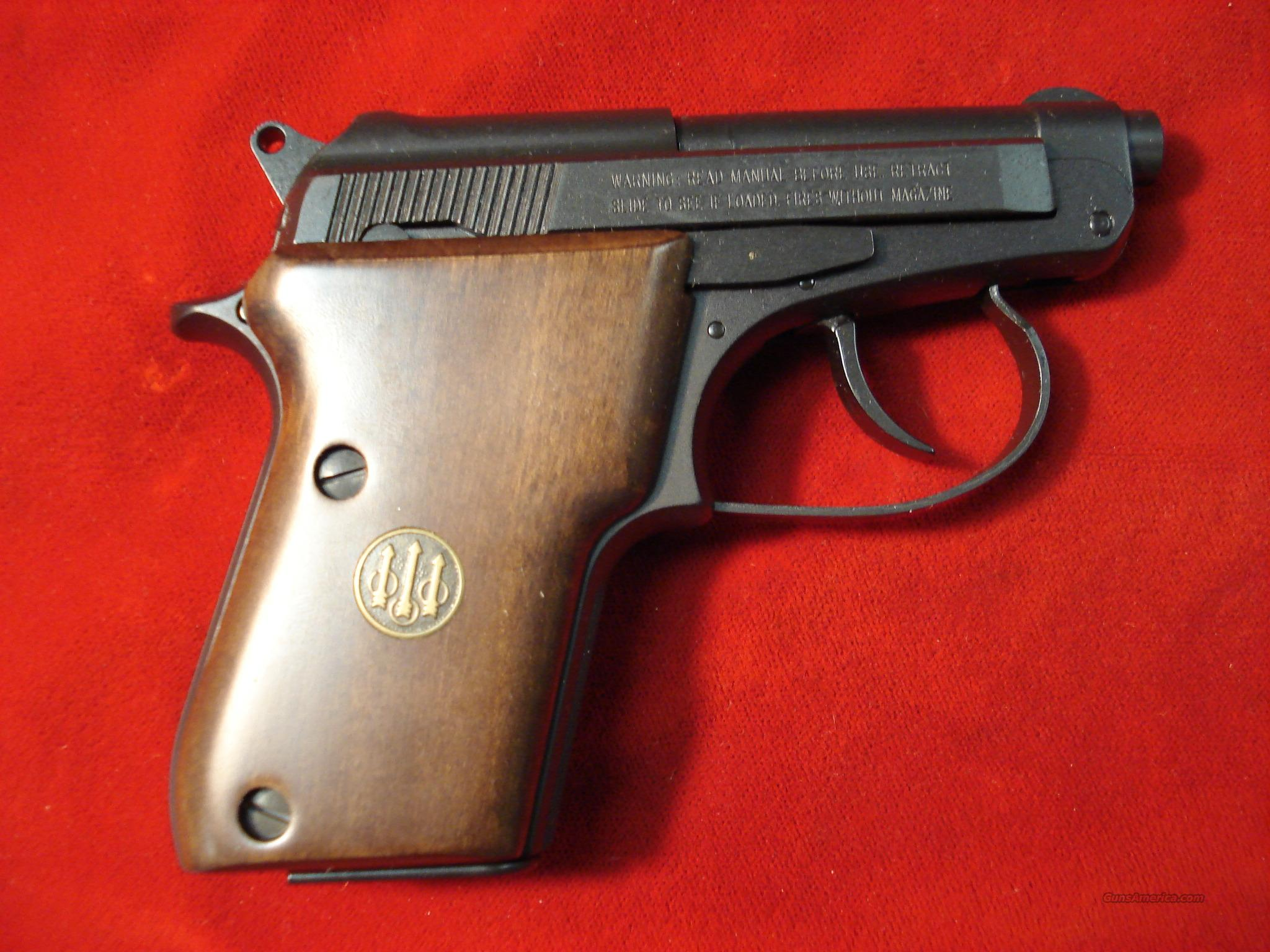 BERETTA 21A BOBCAT 22LR W/WALNUT GRIPS  Guns > Pistols > Beretta Pistols > Small Caliber Tip Out