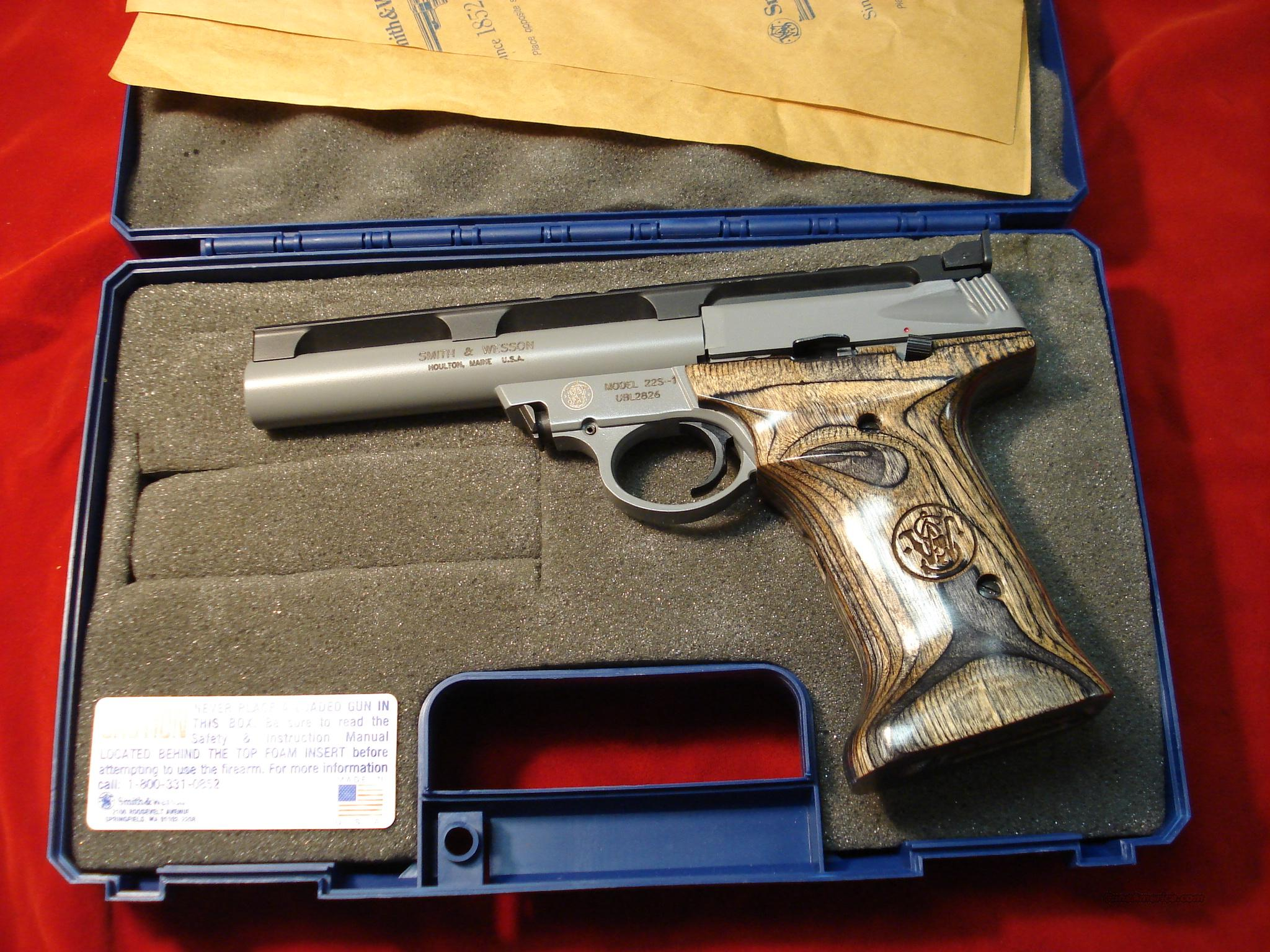 SMITH AND WESSON 22S 22CAL. LNIB  Guns > Pistols > Smith & Wesson Pistols - Autos > Steel Frame