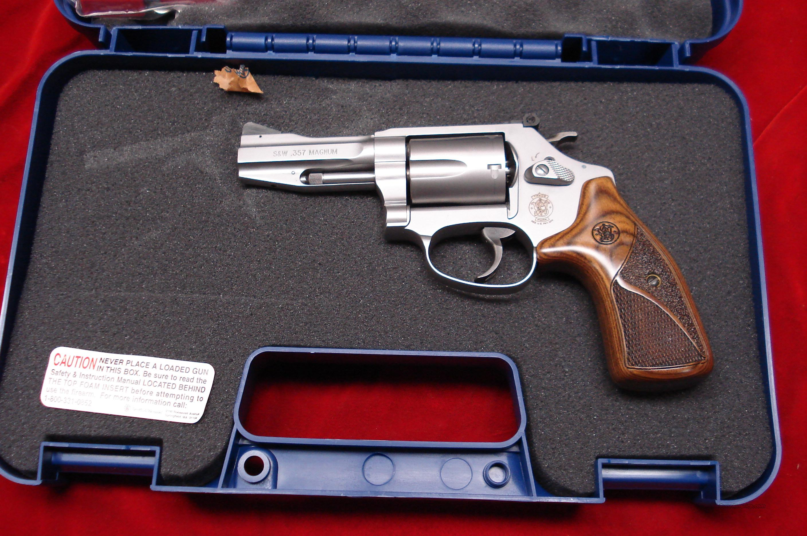 SMITH AND WESSON MODEL M60 PRO SERIES 357MAG STAINLESS NEW  Guns > Pistols > Smith & Wesson Revolvers > Performance Center
