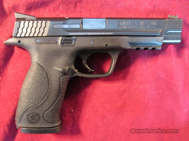 "SMITH AND WESSON M&P 40 PRO SERIES 5"" .40CAL HI/CAP WITH FIBER OPTIC FRONT SIGHT USED, VERY GOOD CONDITION  Guns > Pistols > Smith & Wesson Pistols - Autos > Polymer Frame"
