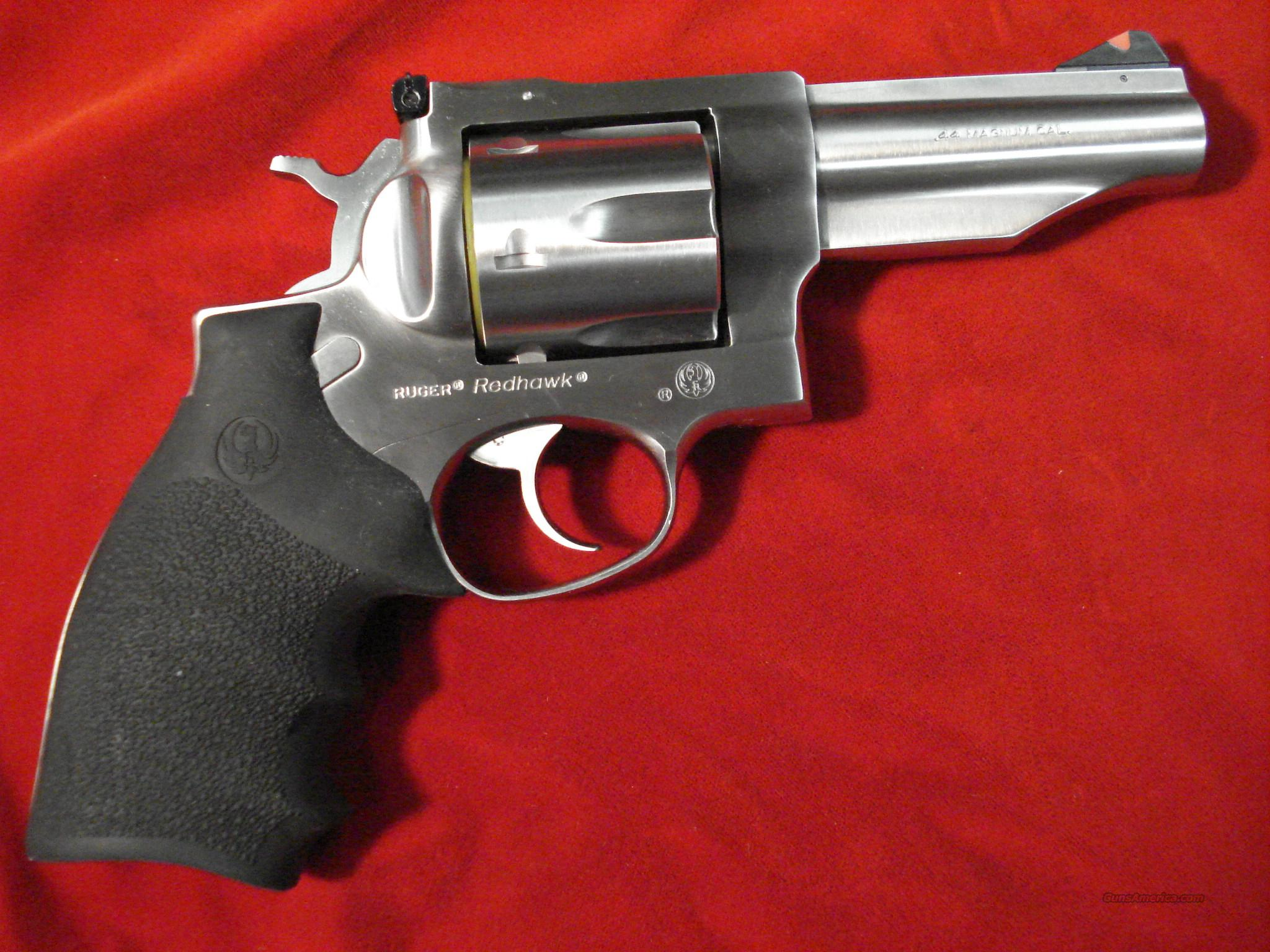 "RUGER NEW MODEL REDHAWK 44MAG. 4"" STAINLESS NEW  (KRH-444)  Guns > Pistols > Ruger Double Action Revolver > Redhawk Type"