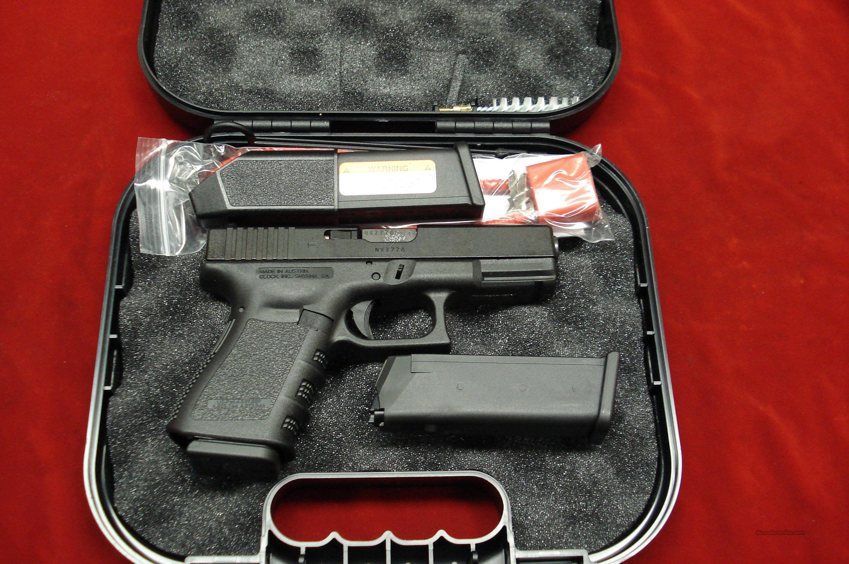 GLOCK MODEL 19 9MM CAL. WITH 3 FACTORY HIGH CAP MAGAZINES NEW  Guns > Pistols > Glock Pistols > 19