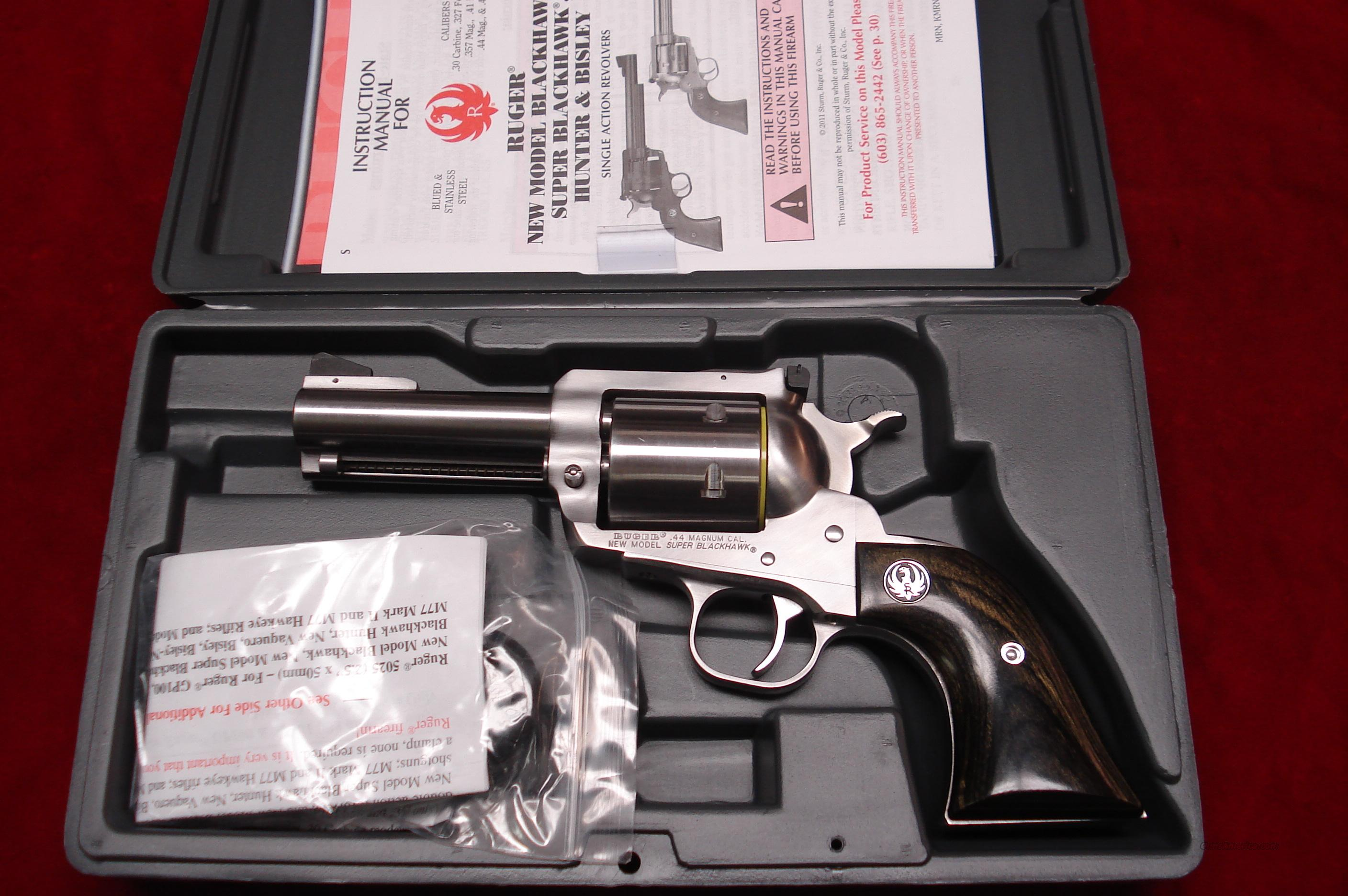"RUGER SUPER BLACKHAWK 44MAG 3.75"" STAINLESS NEW (KS-43N)  (00817)  Guns > Pistols > Ruger Single Action Revolvers > Blackhawk Type"