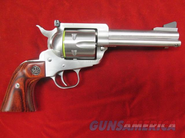 RUGER STAINLESS FLAT TOP BLACKHAWK CONVERTIBLE 357MAG/9MM NEW  Guns > Pistols > Ruger Single Action Revolvers > Blackhawk Type