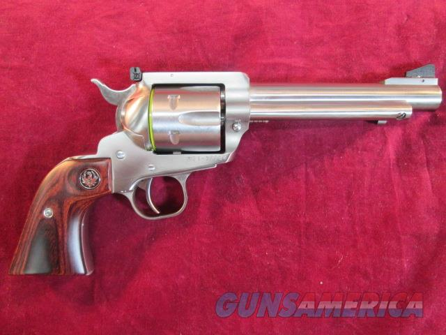 "RUGER BLACKHAWK FLAT TOP CONVERTIBLE 357/9MM CAL 5.5"" STAINLESS WITH MID SIZED FRAME NEW  Guns > Pistols > Ruger Single Action Revolvers > Blackhawk Type"