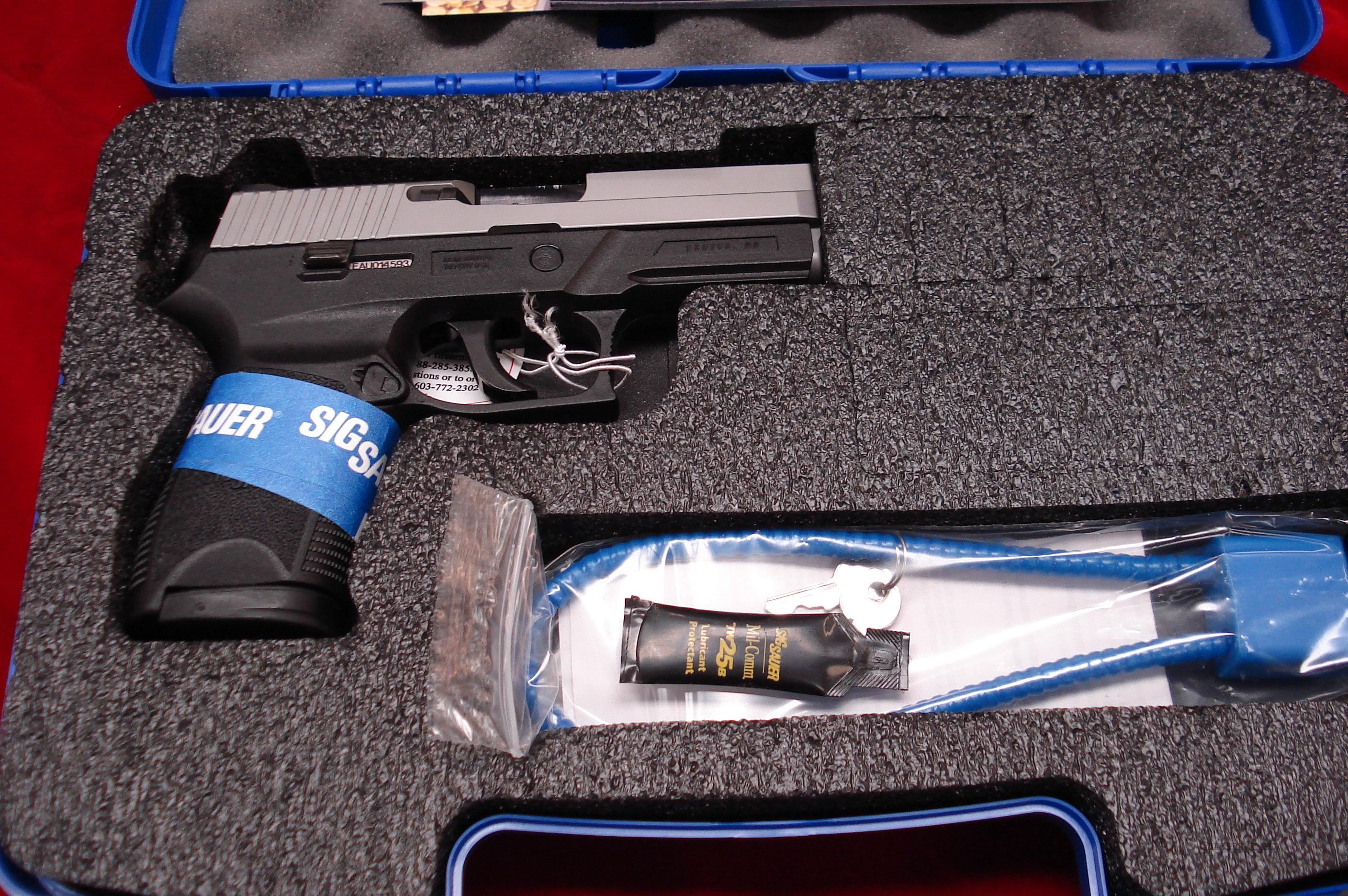 SIG P250 9MM COMPACT STAINLESS W/NIGHT SIGHTS NEW  Guns > Pistols > Sig - Sauer/Sigarms Pistols > P250