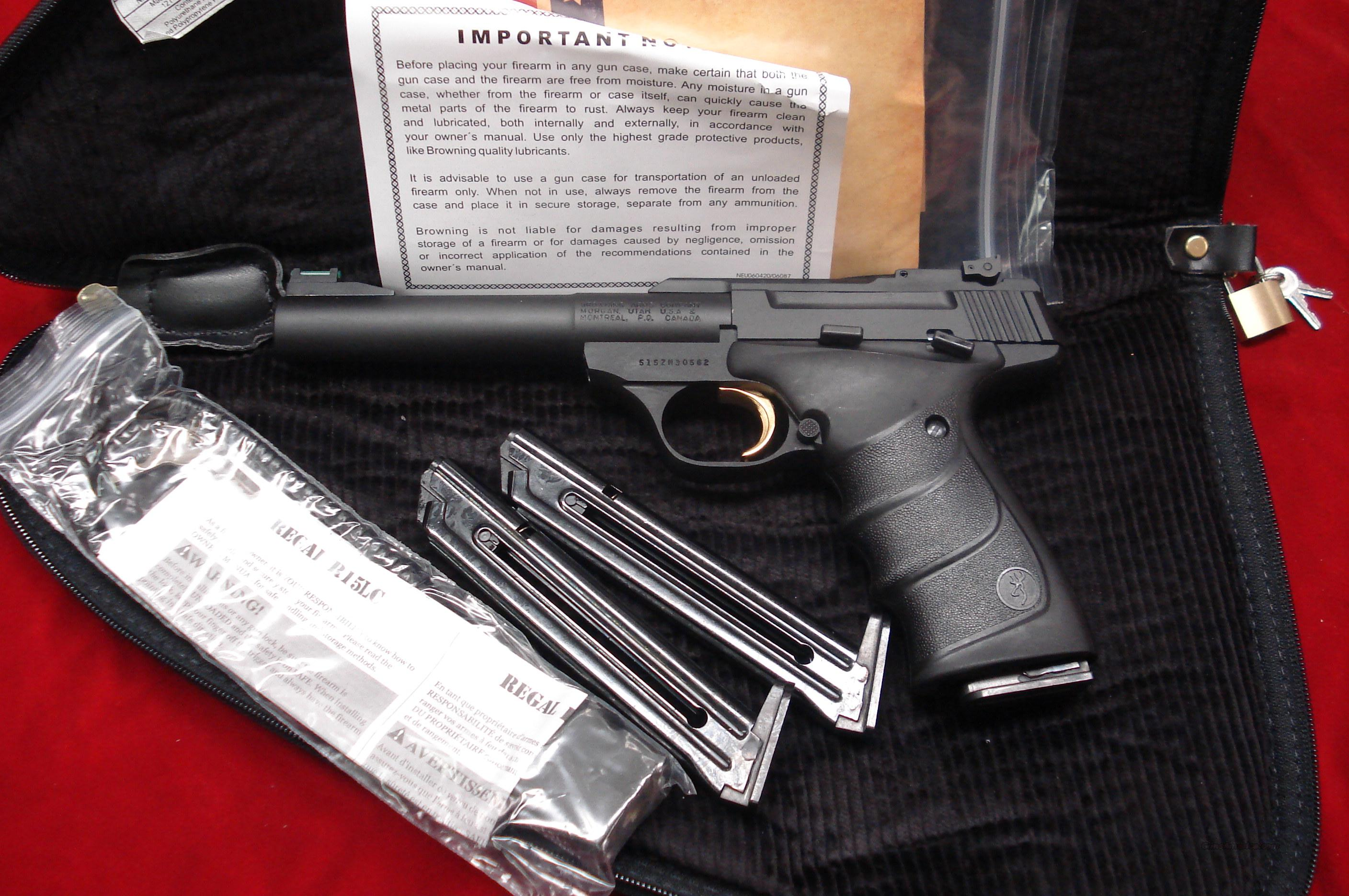 BROWNING BUCKMARK CAMPER BLUE PRO TARGET URX 22CAL. W/3 MAGAZINES AND PISTOL RUG NEW  Guns > Pistols > Browning Pistols > Buckmark