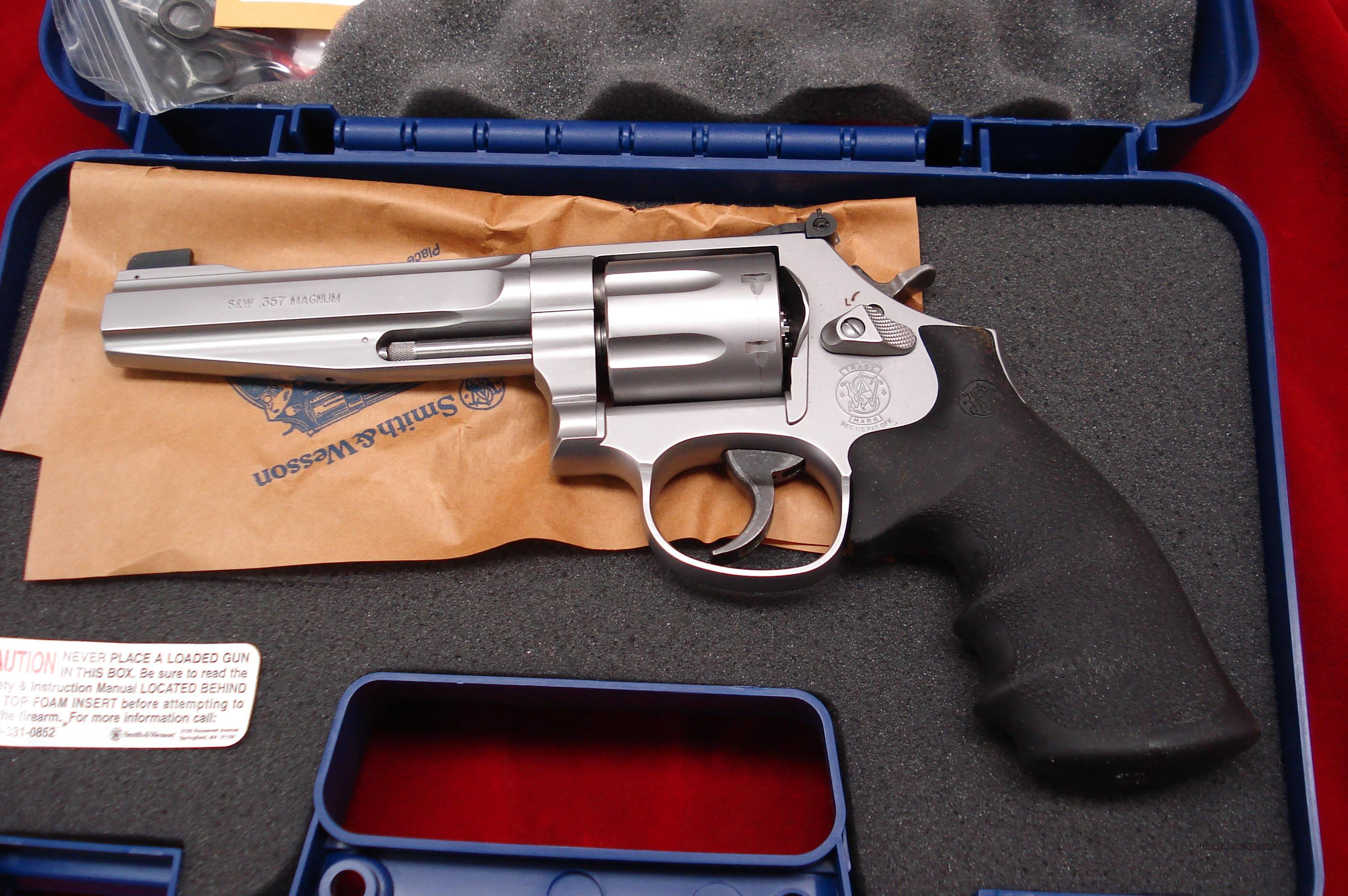 "SMITH AND WESSON MODEL 686 PRO SERIES 357MAG STAINLESS 5"" NEW  Guns > Pistols > Smith & Wesson Revolvers > Performance Center"