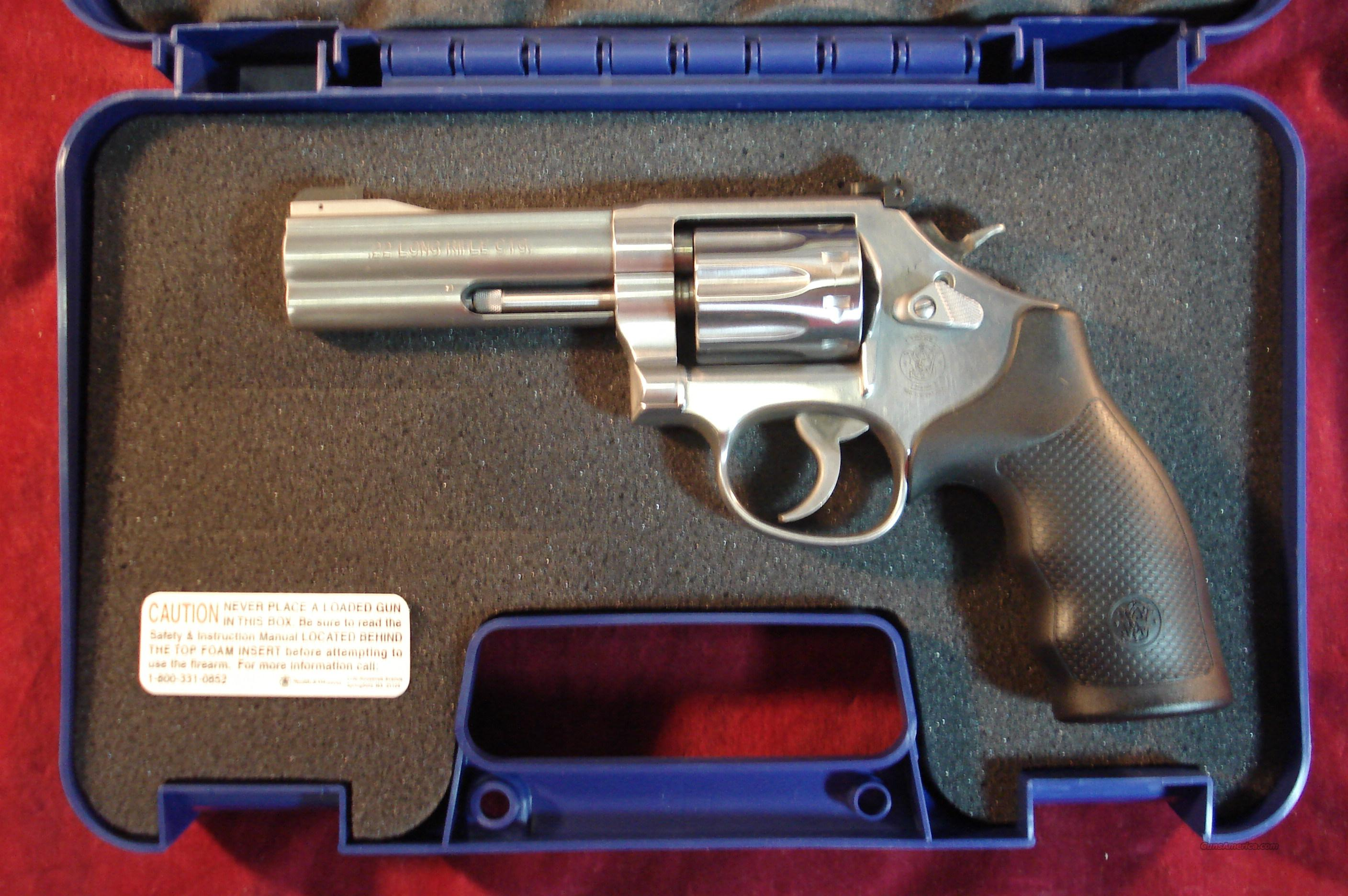 "SMITH AND WESSON MODEL 617 STAINLESS 22LR, 4"" 10 SHOT NEW   (160584)   Guns > Pistols > Smith & Wesson Revolvers > Full Frame Revolver"