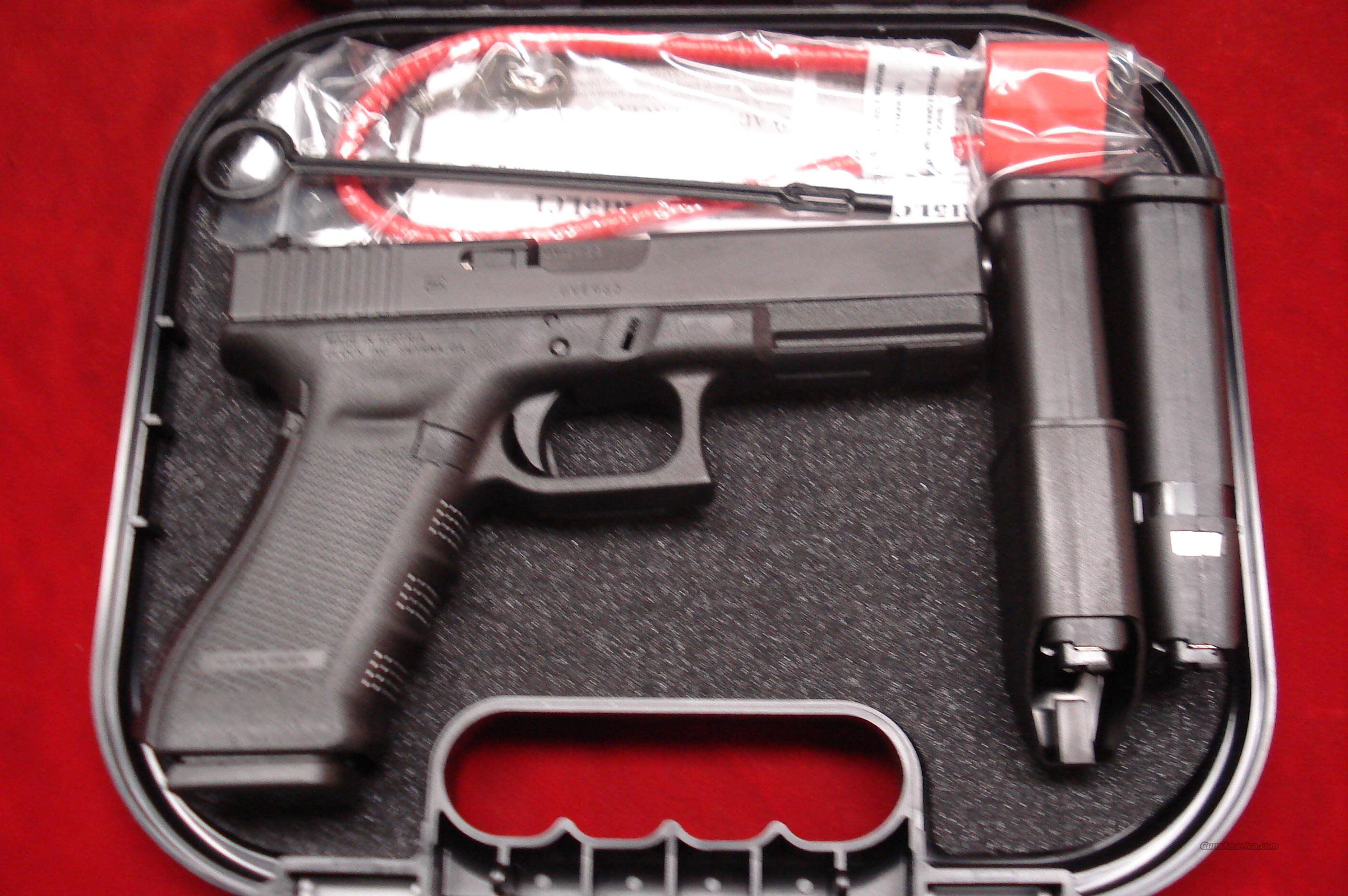 GLOCK NEW MODEL 17 GENERATION 4 9MM WITH THREE 10 ROUND MAGAZINES NEW   Guns > Pistols > Glock Pistols > 17