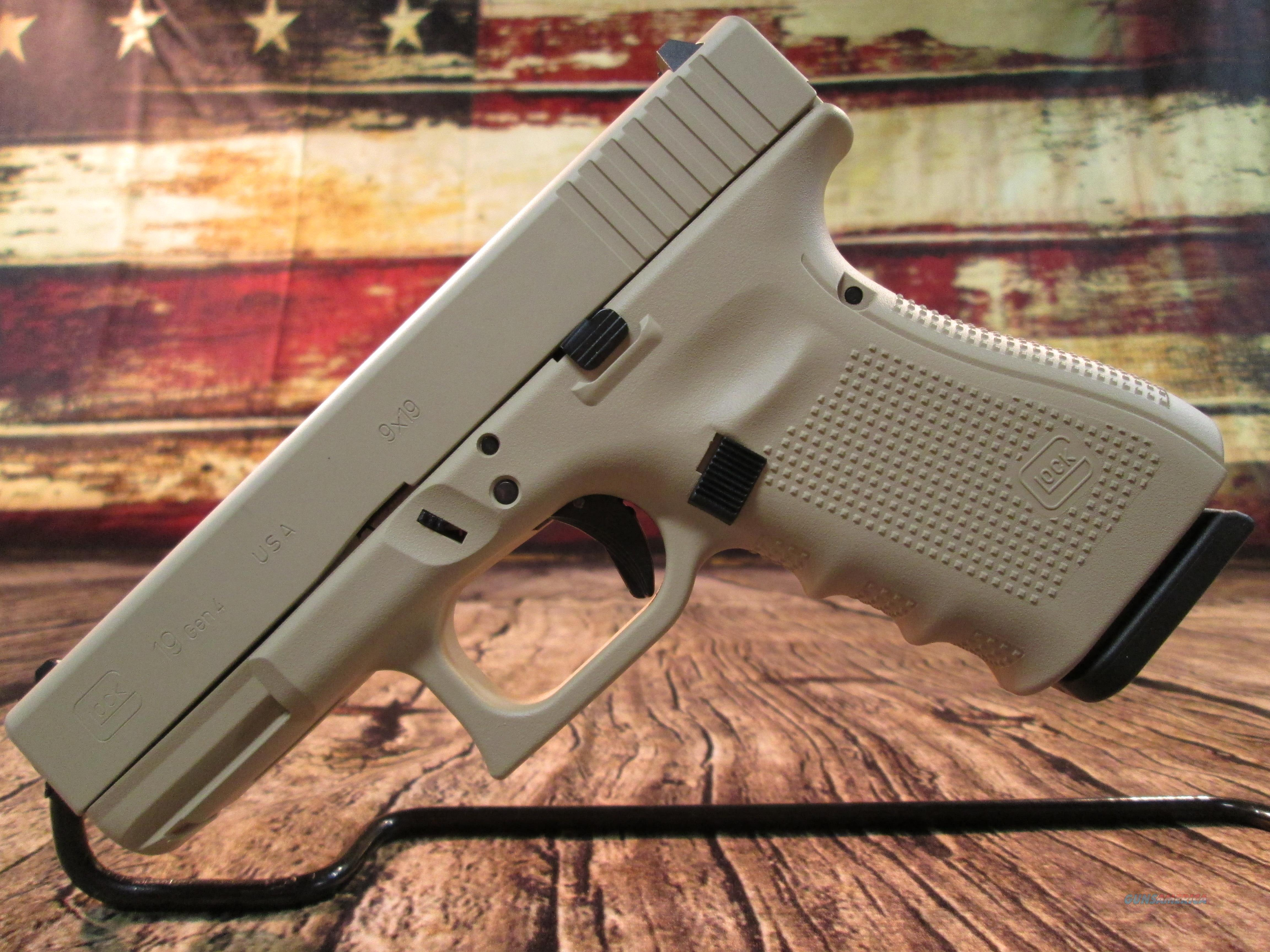 GLOCK 19 GEN 4 9MM DESERT SAND FINISH NEW (UG1950203DS)  Guns > Pistols > Glock Pistols > 19