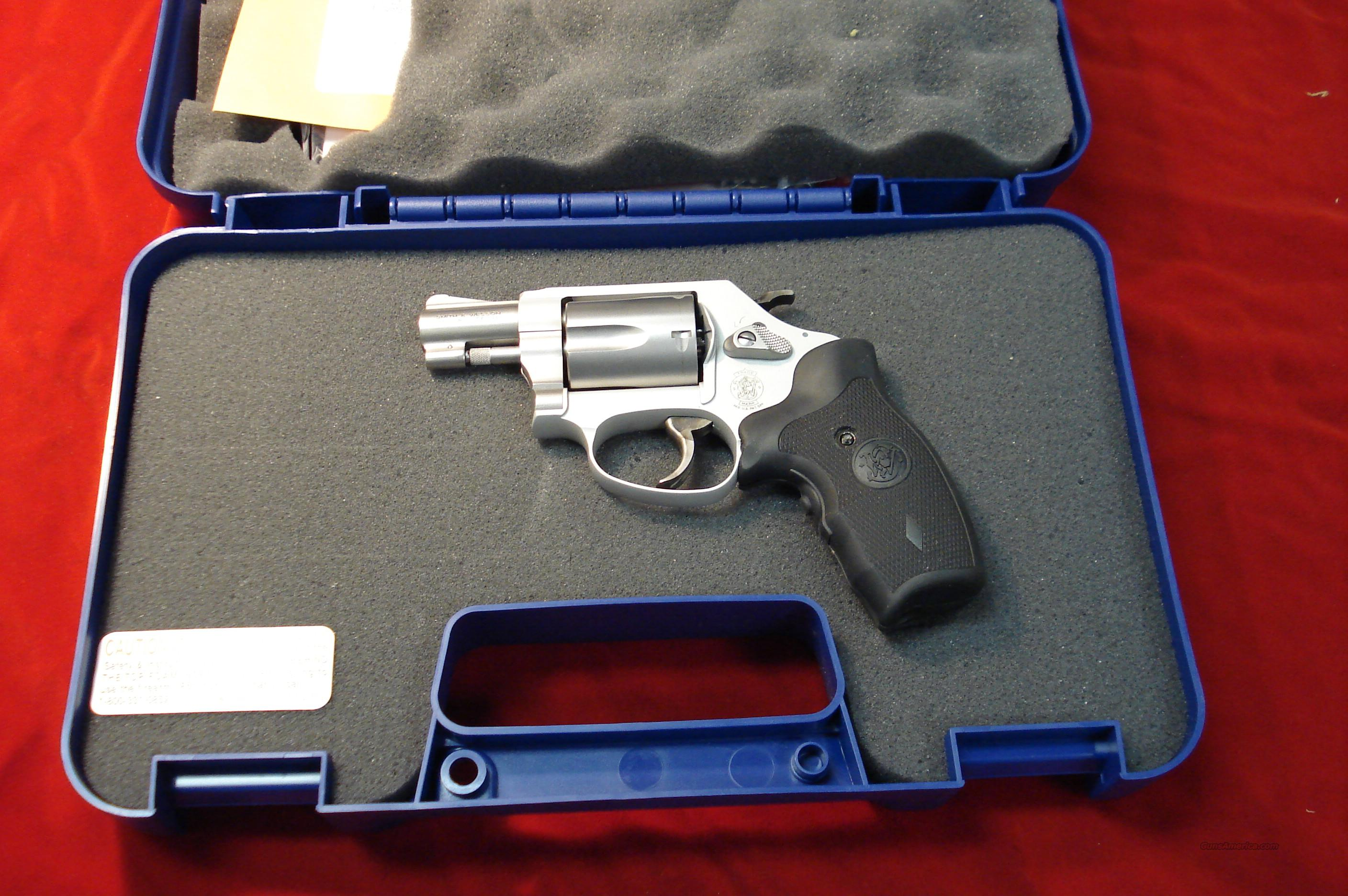 SMITH AND WESSON 637 AIRWEIGHT 38SPL. CRIMSON TRACE NEW    Guns > Pistols > Smith & Wesson Revolvers > Pocket Pistols