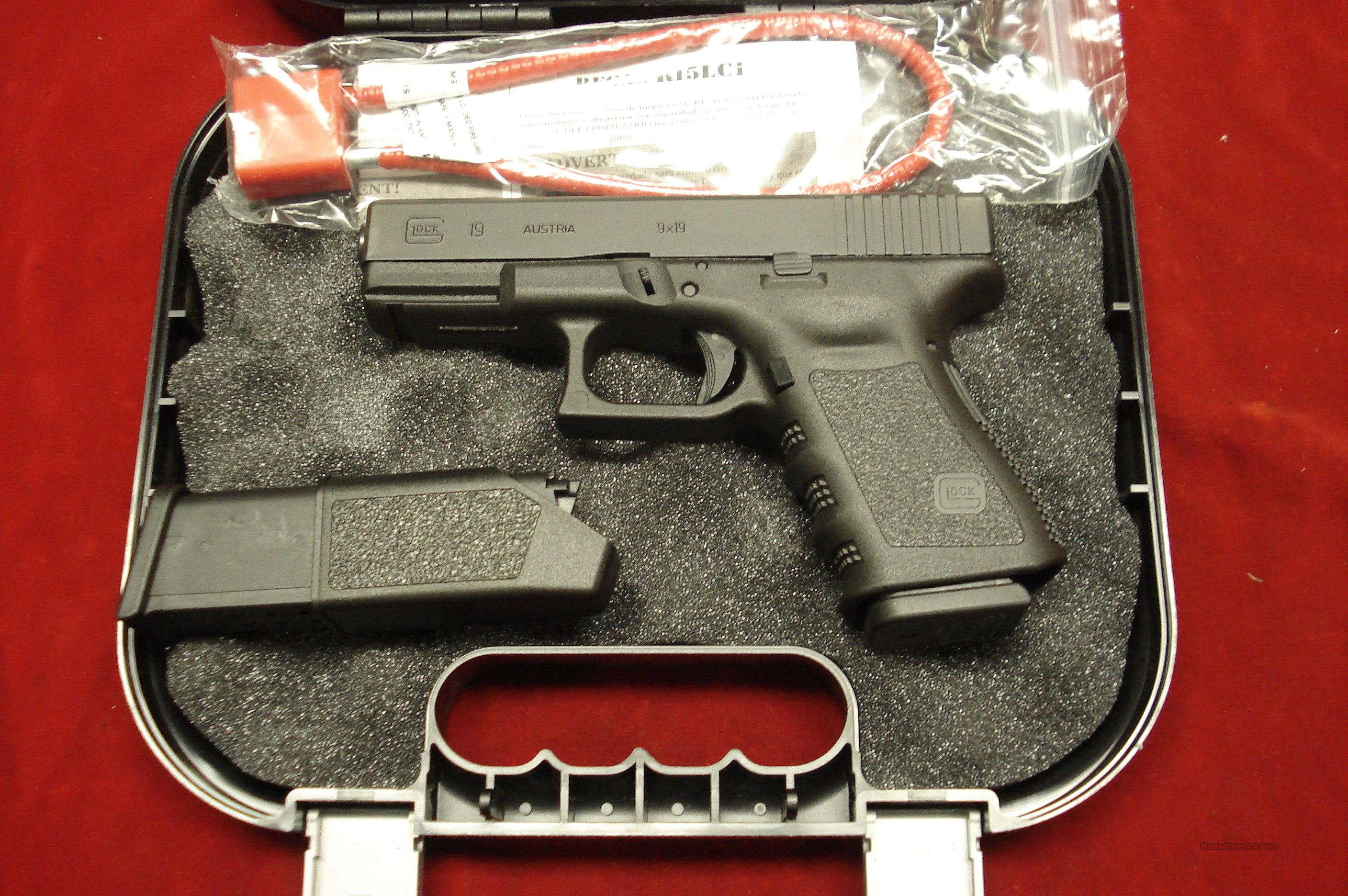 GLOCK MODEL 19 GEN 3 9MM W/HIGH CAPACITY MAGAZINES NEW  Guns > Pistols > Glock Pistols > 19