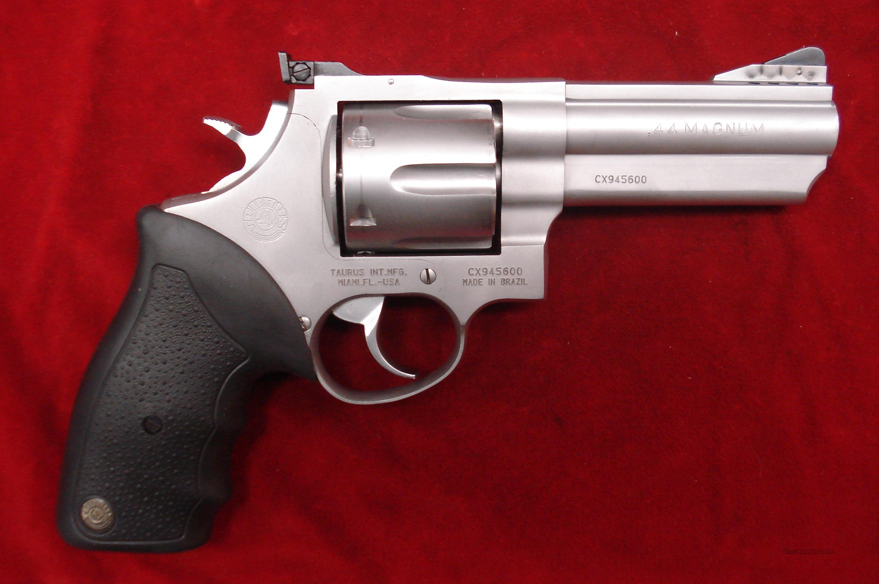 TAURUS 44 MAG PORTED STAINLESS REVOLVER USED  Guns > Pistols > Taurus Pistols/Revolvers > Revolvers